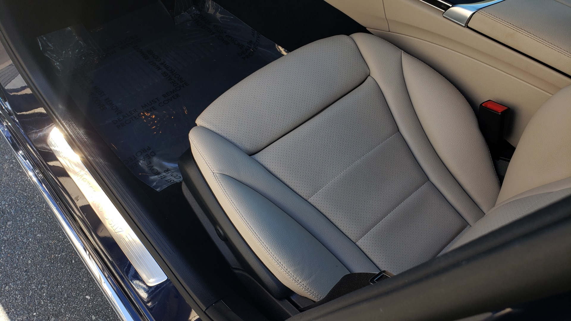 Used 2018 Mercedes-Benz C-CLASS C 300 PREMIUM / SUNROOF / BURMESTER / BSM / REARVIEW for sale $23,995 at Formula Imports in Charlotte NC 28227 28