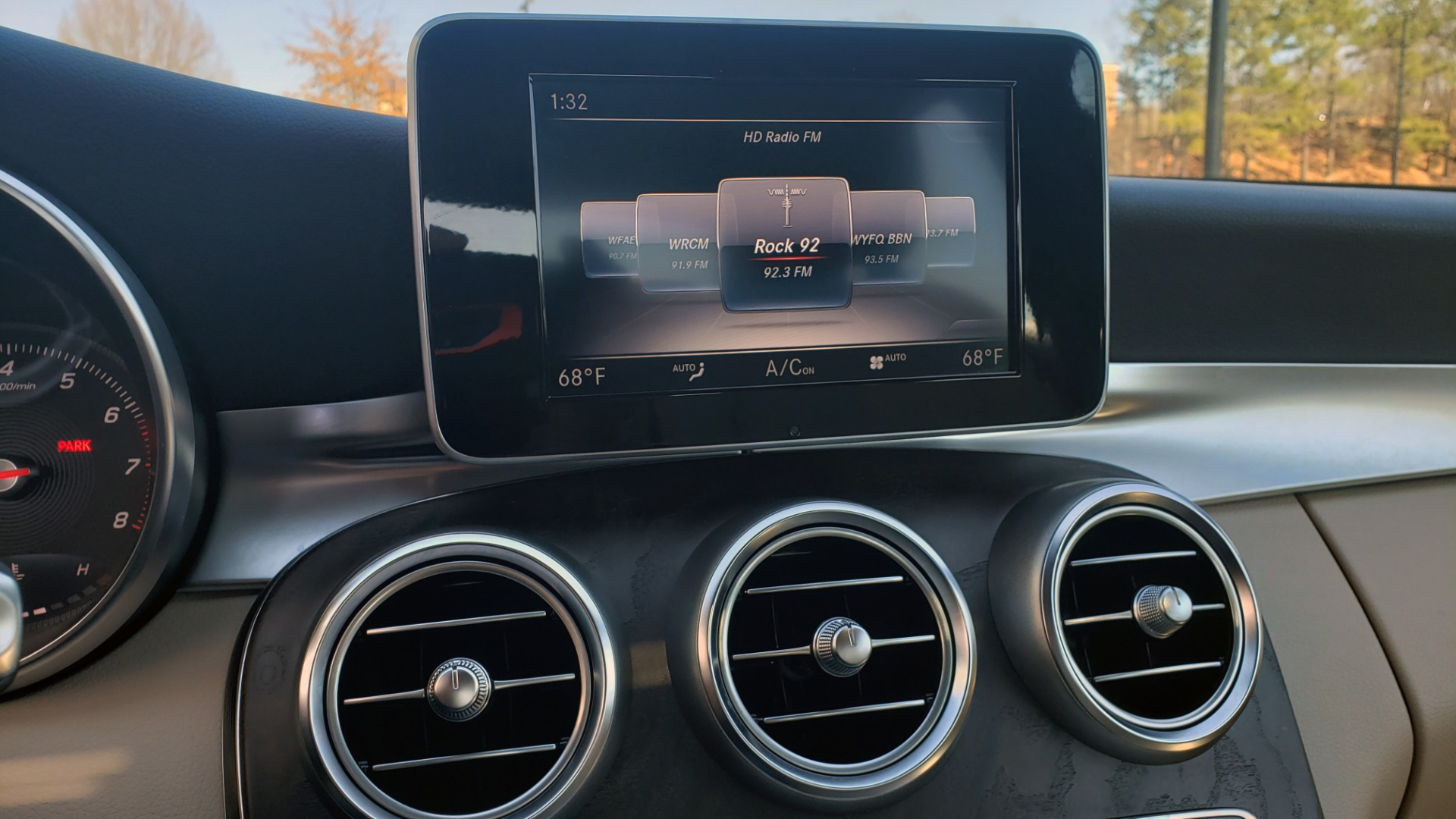 Used 2018 Mercedes-Benz C-CLASS C 300 PREMIUM / SUNROOF / BURMESTER / BSM / REARVIEW for sale $23,995 at Formula Imports in Charlotte NC 28227 39