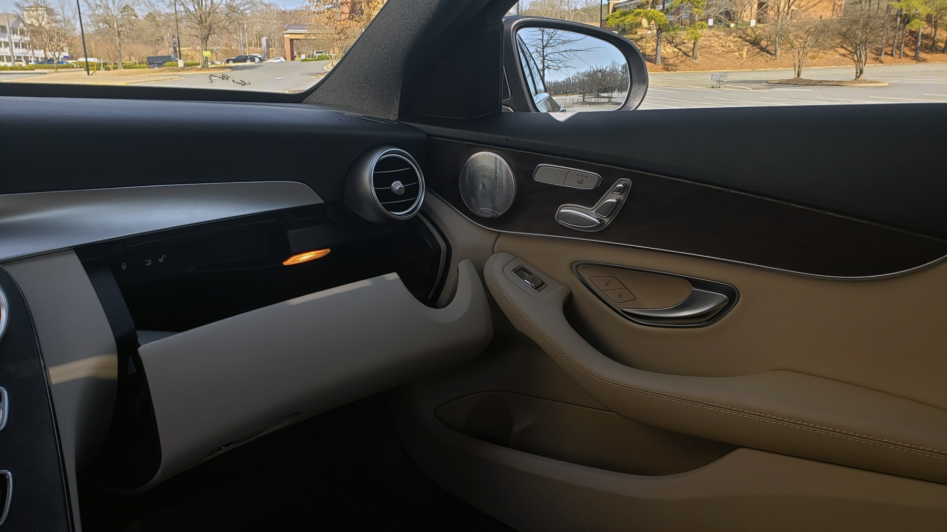Used 2018 Mercedes-Benz C-CLASS C 300 PREMIUM / SUNROOF / BURMESTER / BSM / REARVIEW for sale $23,995 at Formula Imports in Charlotte NC 28227 44