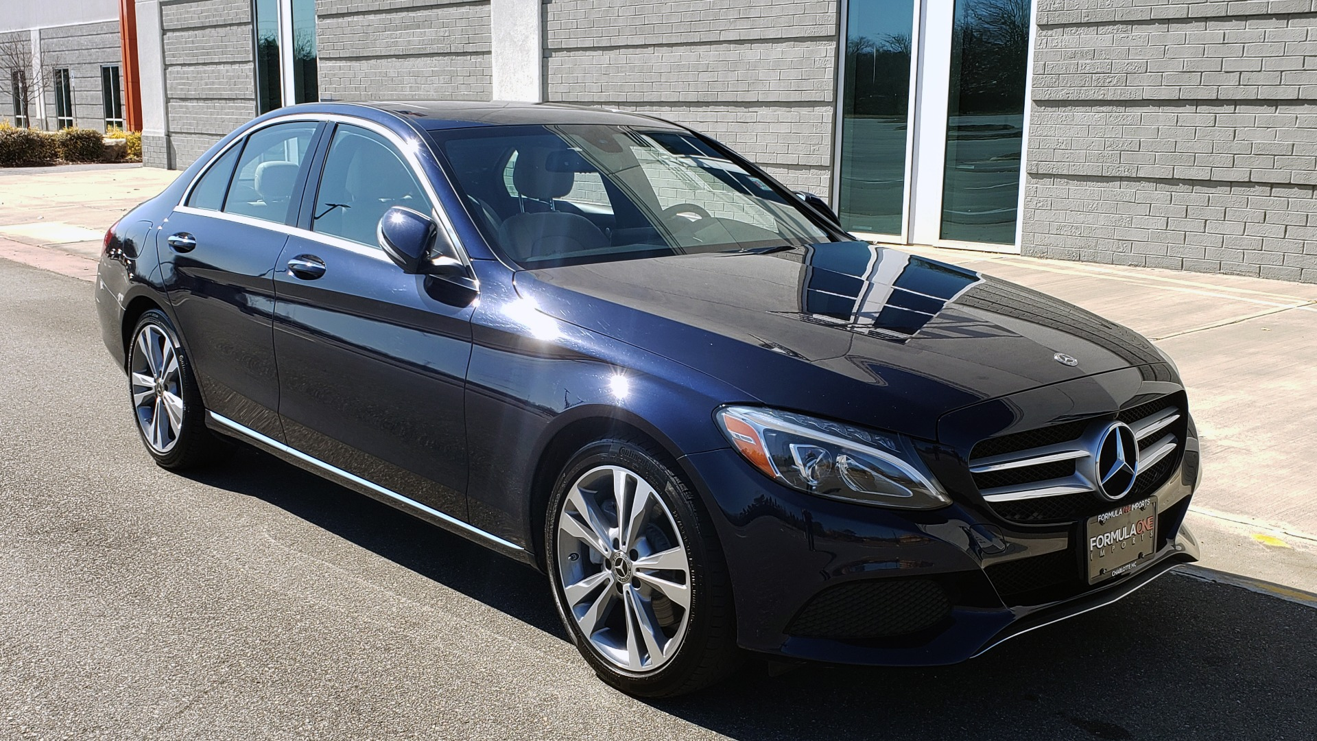 Used 2018 Mercedes-Benz C-CLASS C 300 PREMIUM / SUNROOF / BURMESTER / BSM / REARVIEW for sale $23,995 at Formula Imports in Charlotte NC 28227 5