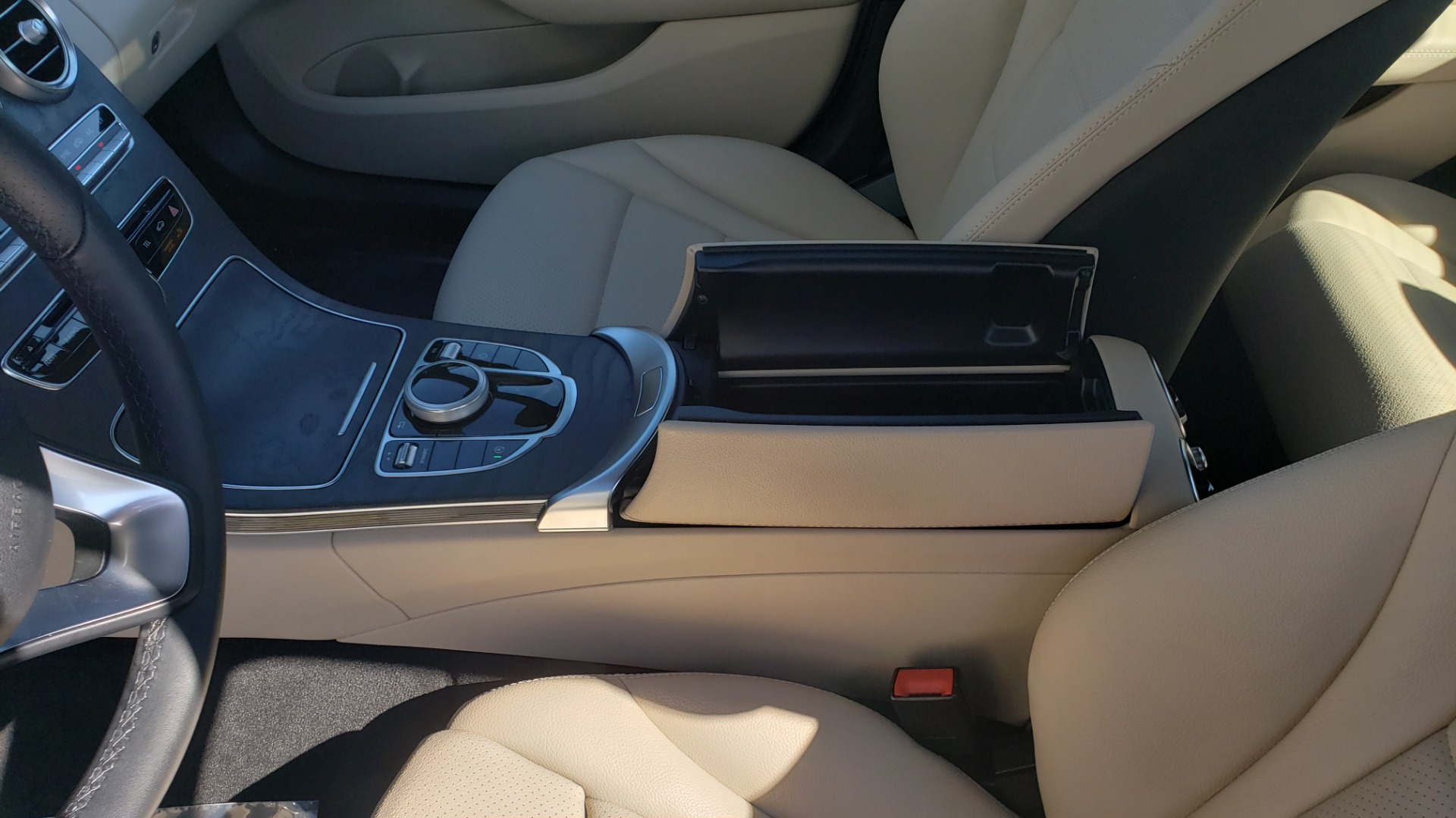 Used 2018 Mercedes-Benz C-CLASS C 300 PREMIUM / SUNROOF / BURMESTER / BSM / REARVIEW for sale $23,995 at Formula Imports in Charlotte NC 28227 50