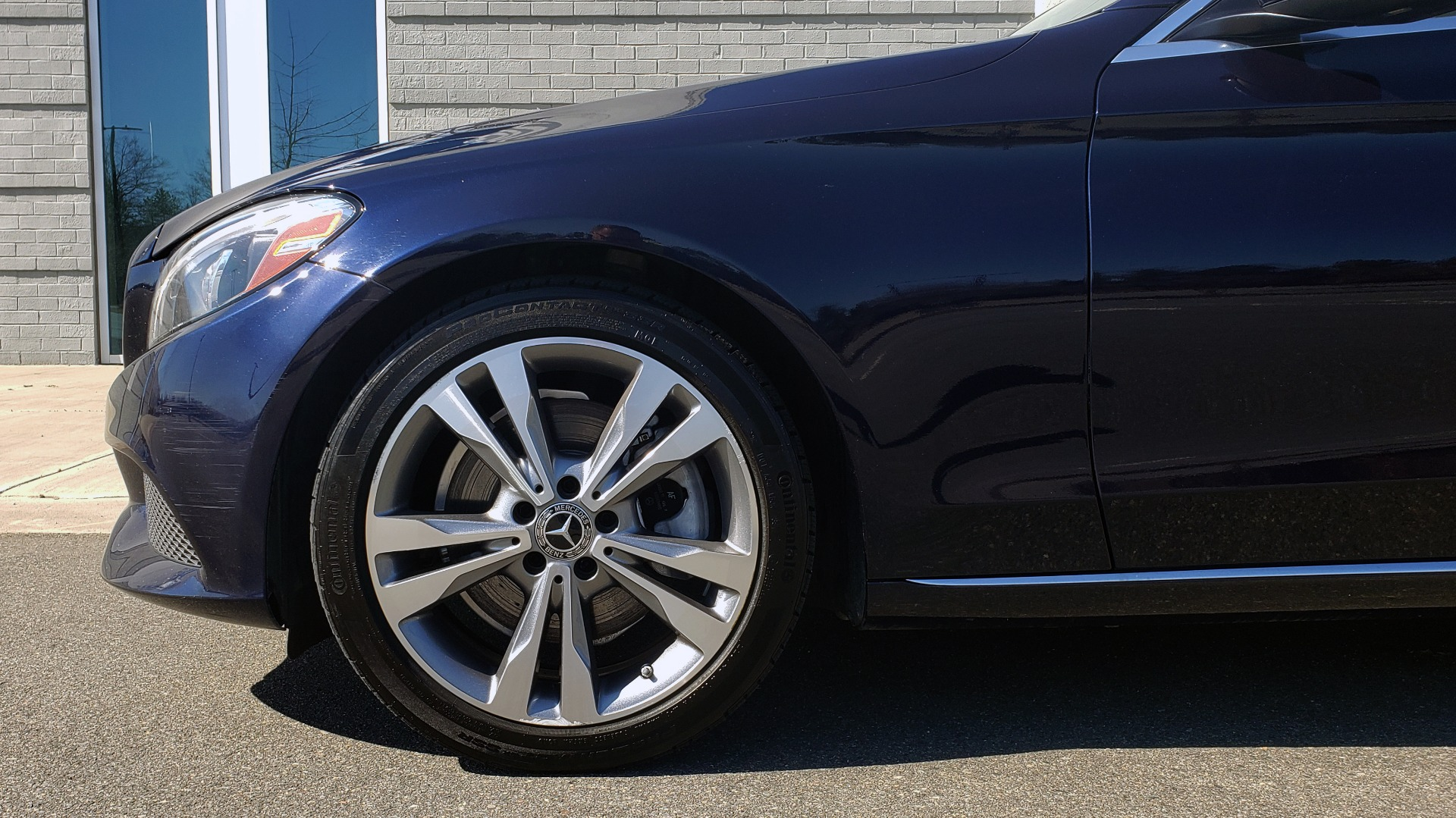 Used 2018 Mercedes-Benz C-CLASS C 300 PREMIUM / SUNROOF / BURMESTER / BSM / REARVIEW for sale $23,995 at Formula Imports in Charlotte NC 28227 70