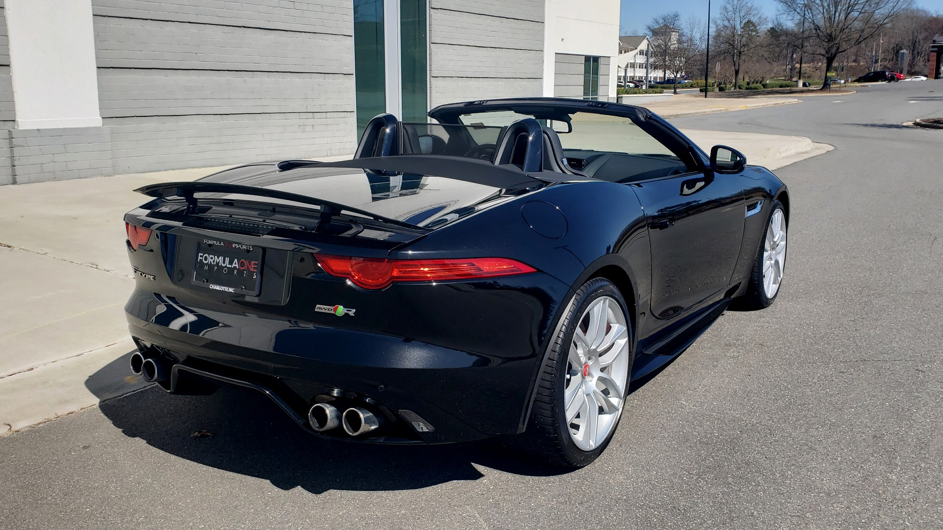 Used 2016 Jaguar F-TYPE R CONVERTIBLE / SC 5.0L 550HP / VISION PACK 3 / BSM / REARVIEW for sale $63,000 at Formula Imports in Charlotte NC 28227 13