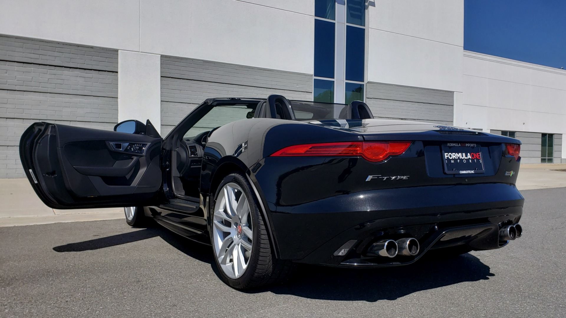 Used 2016 Jaguar F-TYPE R CONVERTIBLE / SC 5.0L 550HP / VISION PACK 3 / BSM / REARVIEW for sale $63,000 at Formula Imports in Charlotte NC 28227 79