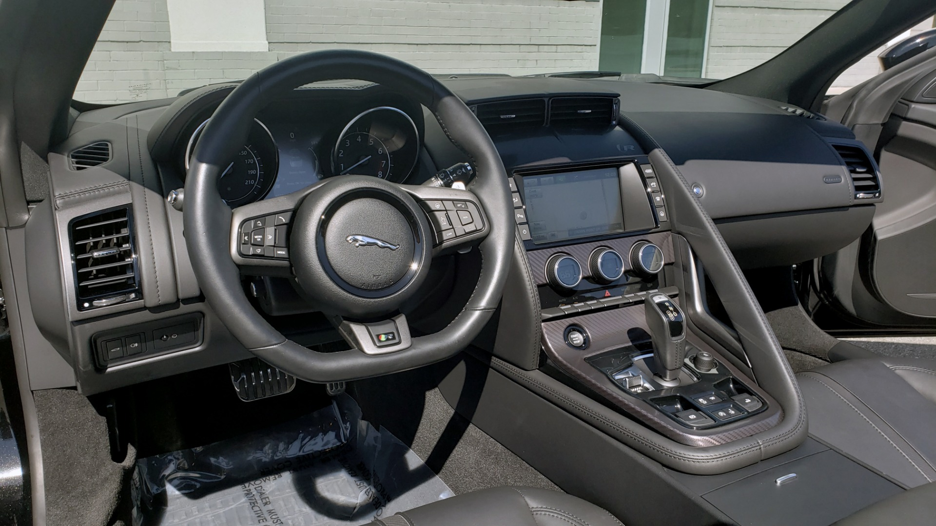 Used 2016 Jaguar F-TYPE R CONVERTIBLE / SC 5.0L 550HP / VISION PACK 3 / BSM / REARVIEW for sale $63,000 at Formula Imports in Charlotte NC 28227 83