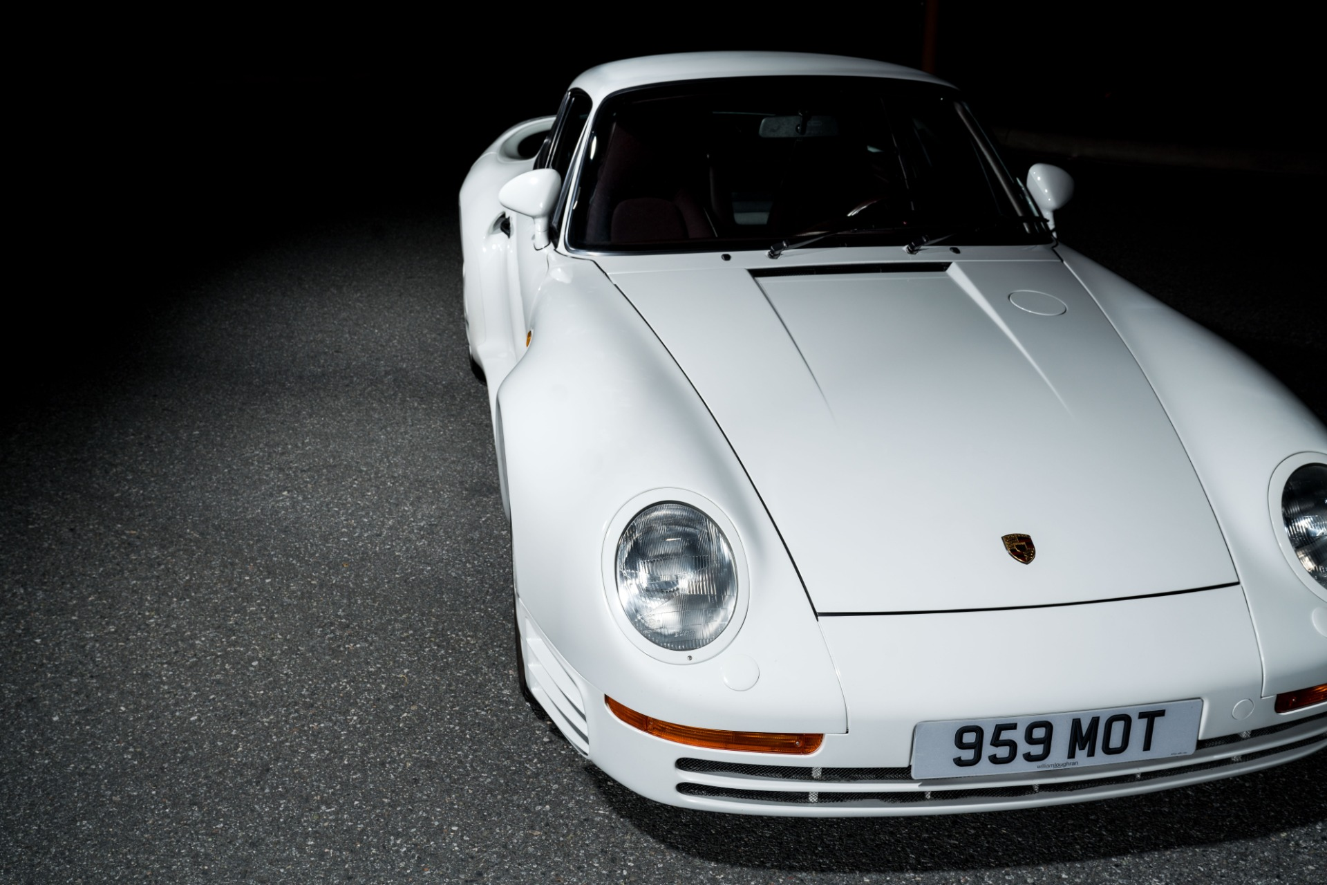 Used 1988 Porsche 959 KOMFORT COUPE / AWD / 6-SPEED MANUAL / ORIGINAL SUPERCAR for sale $1,399,999 at Formula Imports in Charlotte NC 28227 12