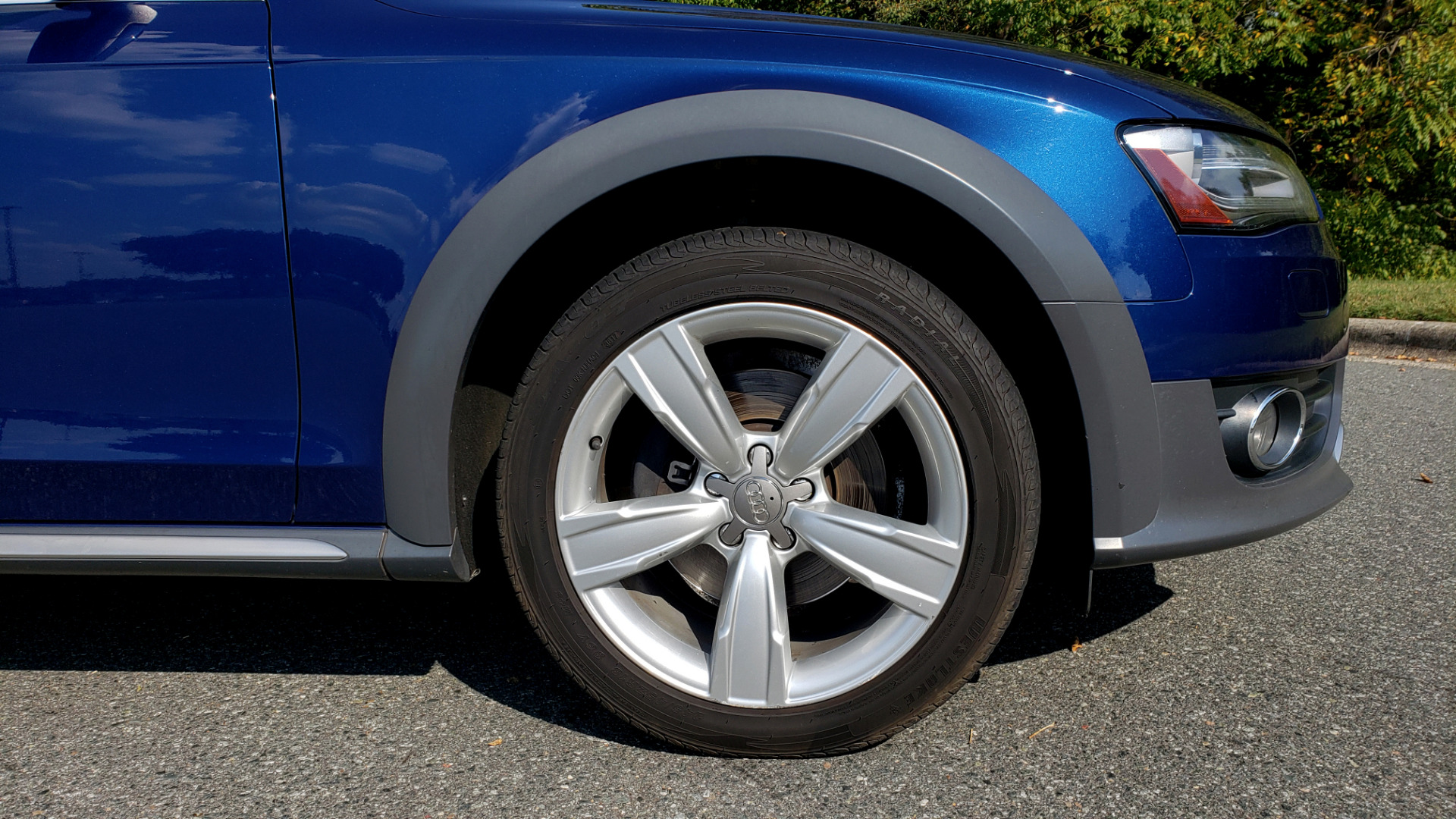 Used 2015 Audi ALLROADS PREMIUM / SUNROOF / ROOF-RACK / 18 INCH WHEELS for sale Sold at Formula Imports in Charlotte NC 28227 12