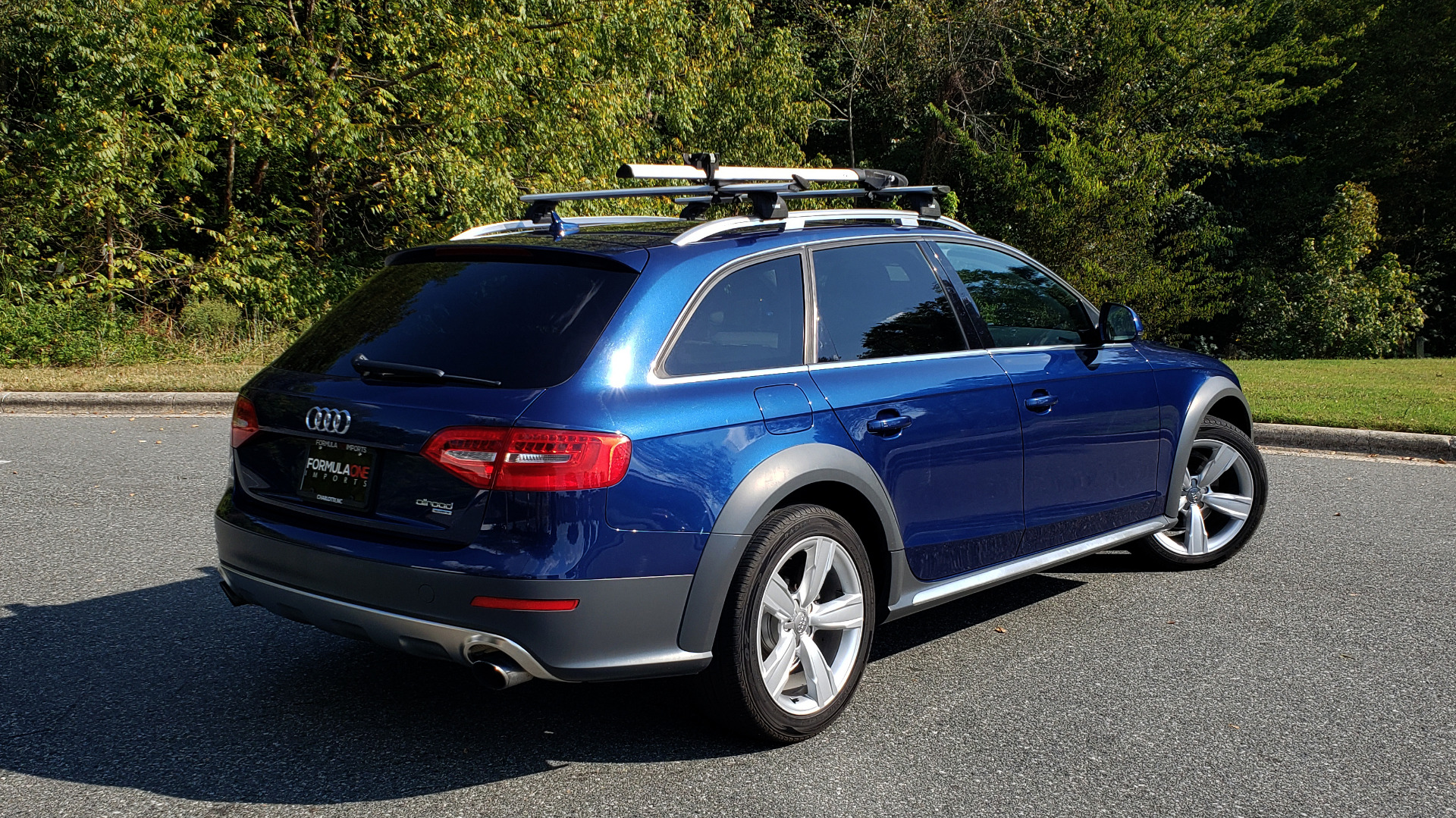 Used 2015 Audi ALLROADS PREMIUM / SUNROOF / ROOF-RACK / 18 INCH WHEELS for sale Sold at Formula Imports in Charlotte NC 28227 8