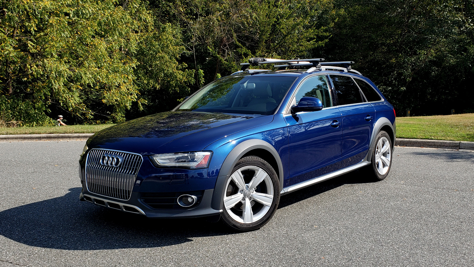 Used 2015 Audi ALLROADS PREMIUM / SUNROOF / ROOF-RACK / 18 INCH WHEELS for sale Sold at Formula Imports in Charlotte NC 28227 1