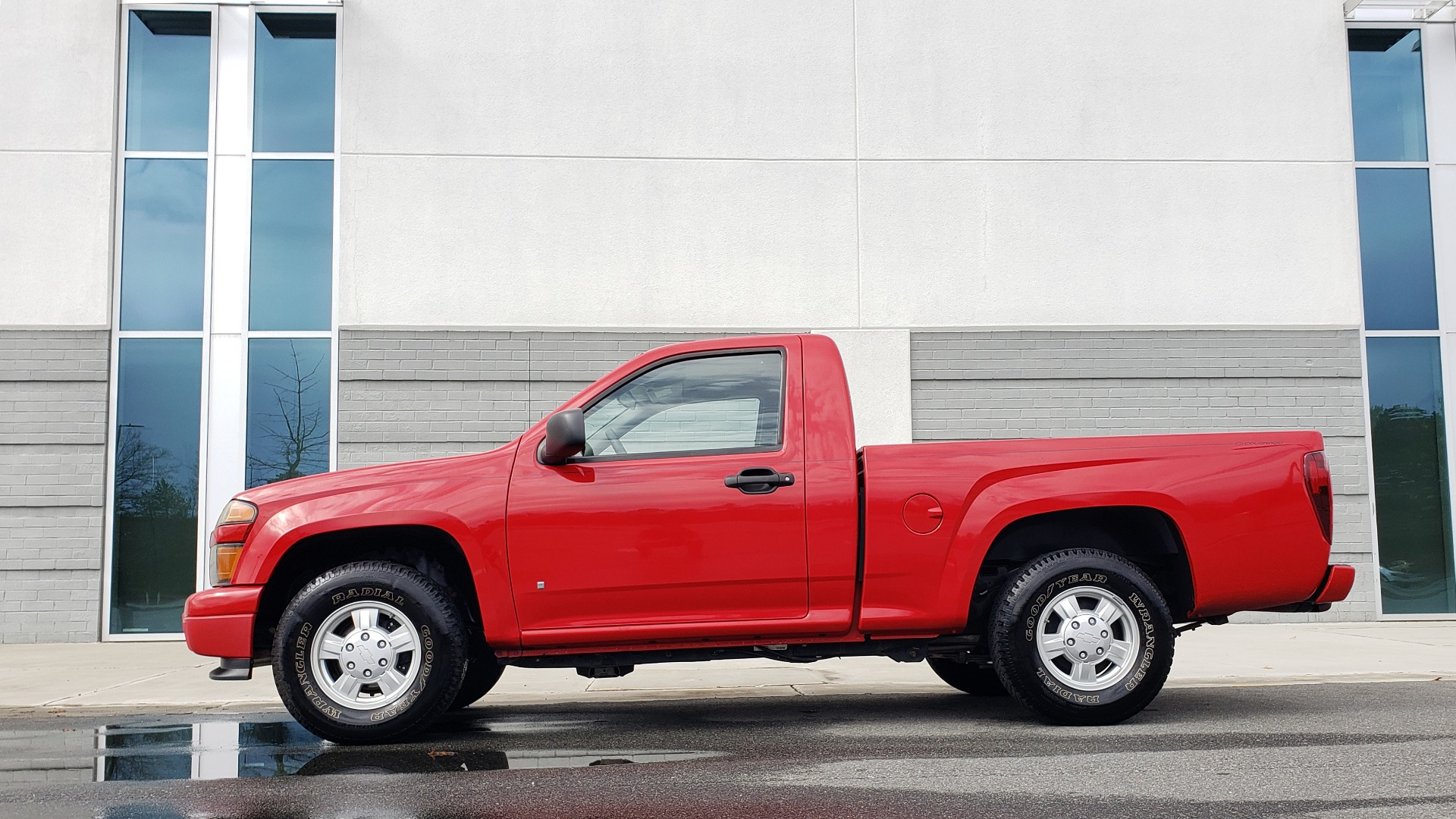 Used 2008 Chevrolet COLORADO LS 2WD / REG CAB / 2.9L 4-CYL / 4-SPD AUTO / NEW CARPET for sale Sold at Formula Imports in Charlotte NC 28227 5