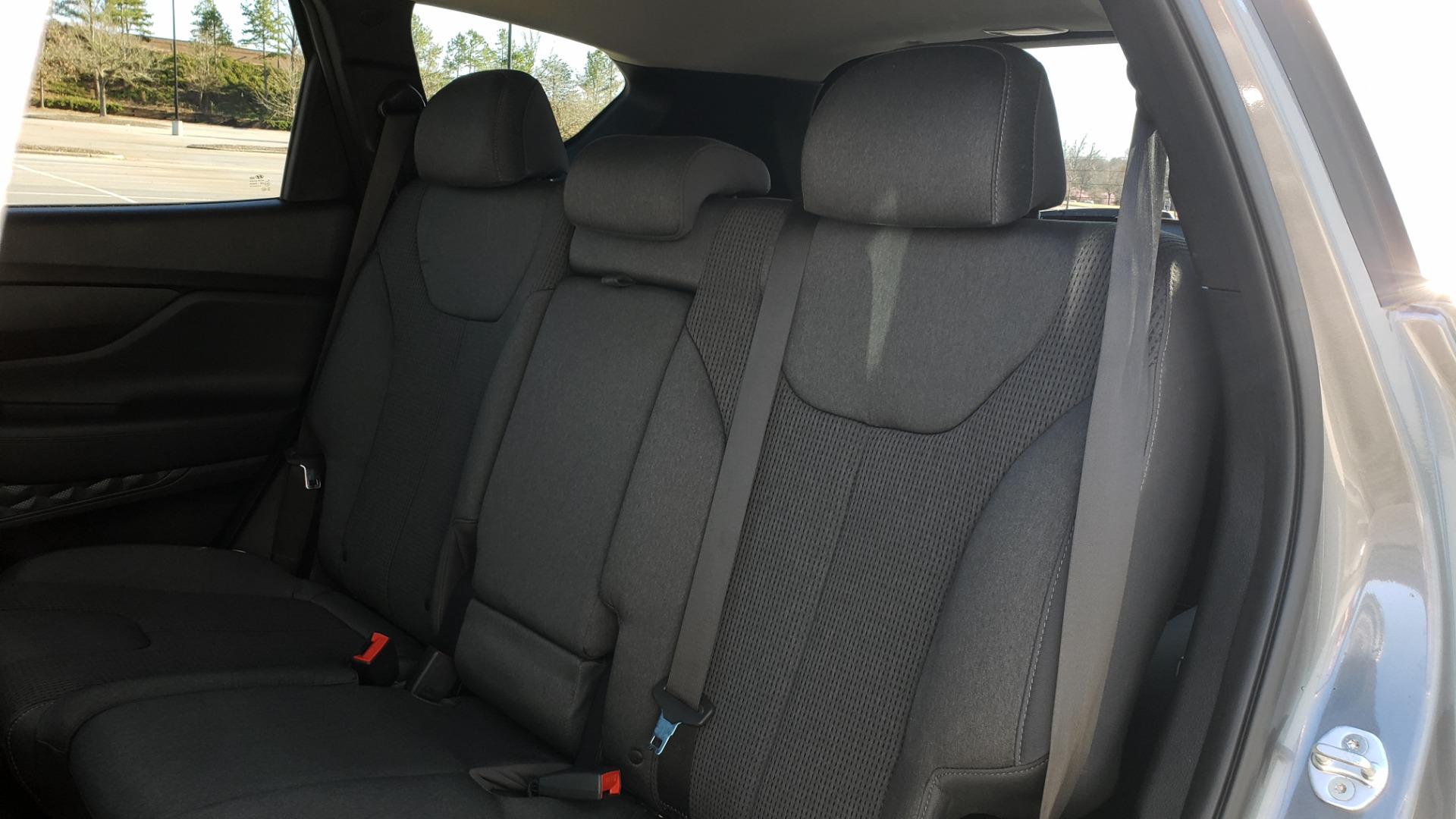 Used 2019 Hyundai SANTA FE SE / 2.4L 4-CYL / 8-SPD AUTO / BLIND SPOT / LANE KEEP ASSIST for sale Sold at Formula Imports in Charlotte NC 28227 60