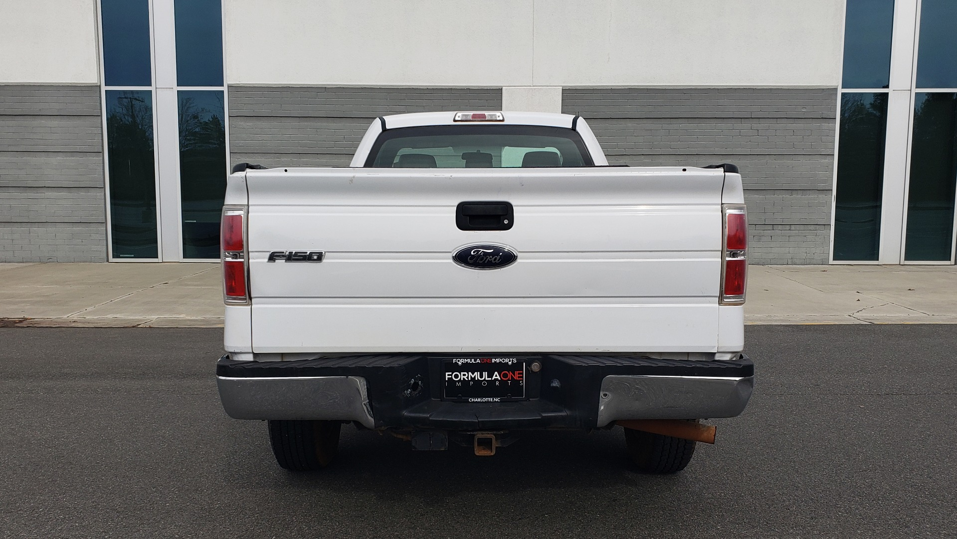Used 2014 Ford F-150 XL / 2WD / V6 / AUTO / LONG BED / 145IN WB / WORK TRUCK for sale Sold at Formula Imports in Charlotte NC 28227 19