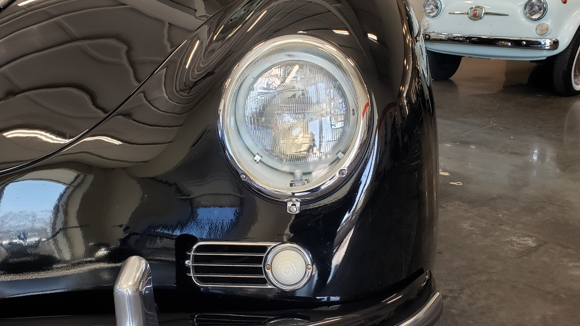Used 1959 Porsche 356 SPEEDSTER / 4-CYL ENG / 4-SPD MANUAL / CHROME WHEELS for sale Sold at Formula Imports in Charlotte NC 28227 11