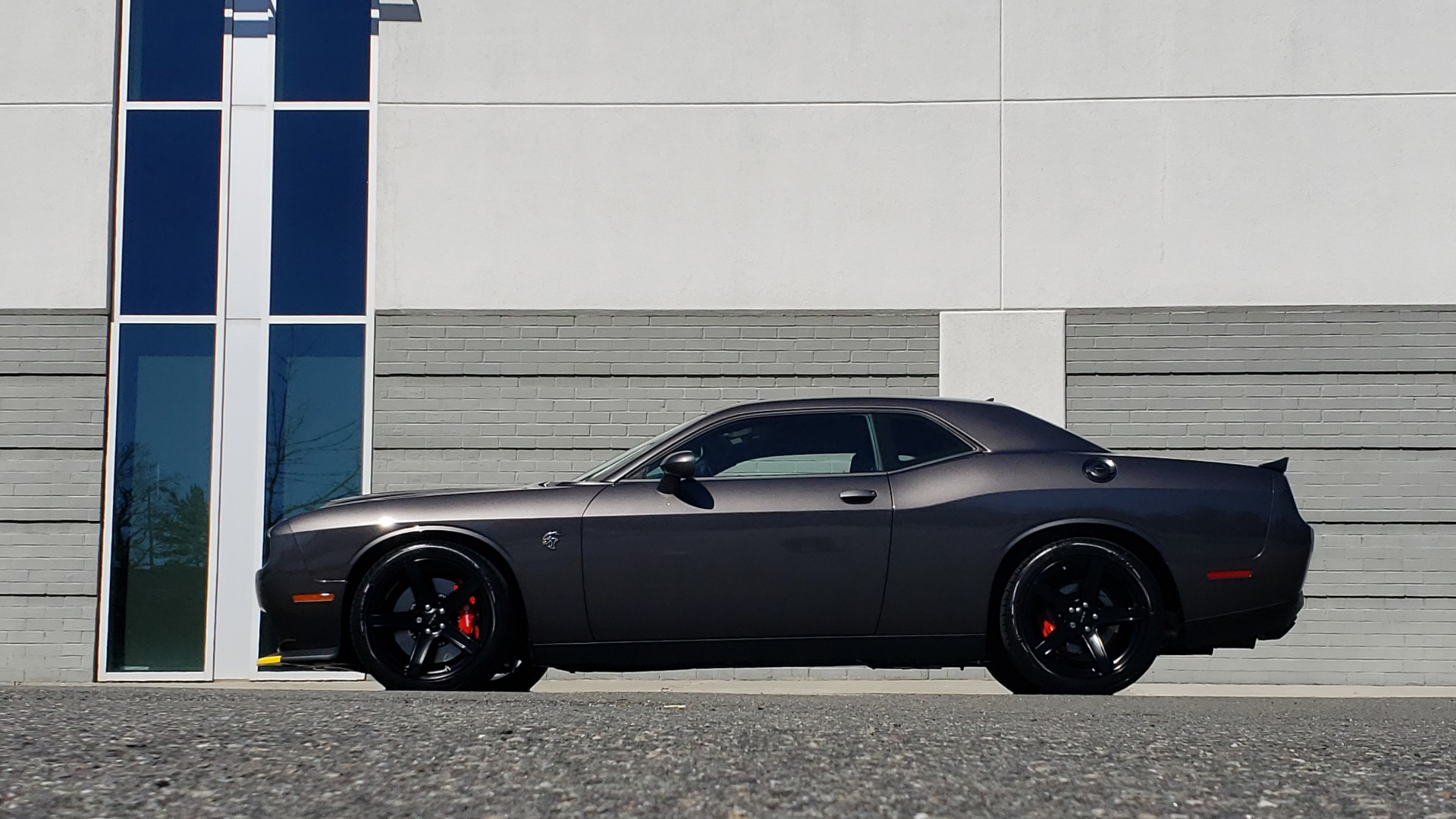 Used 2020 Dodge CHALLENGER SRT HELLCAT (717HP) / NAV / AUTO / CLOTH / REARVIEW / LOW MILES for sale Sold at Formula Imports in Charlotte NC 28227 4