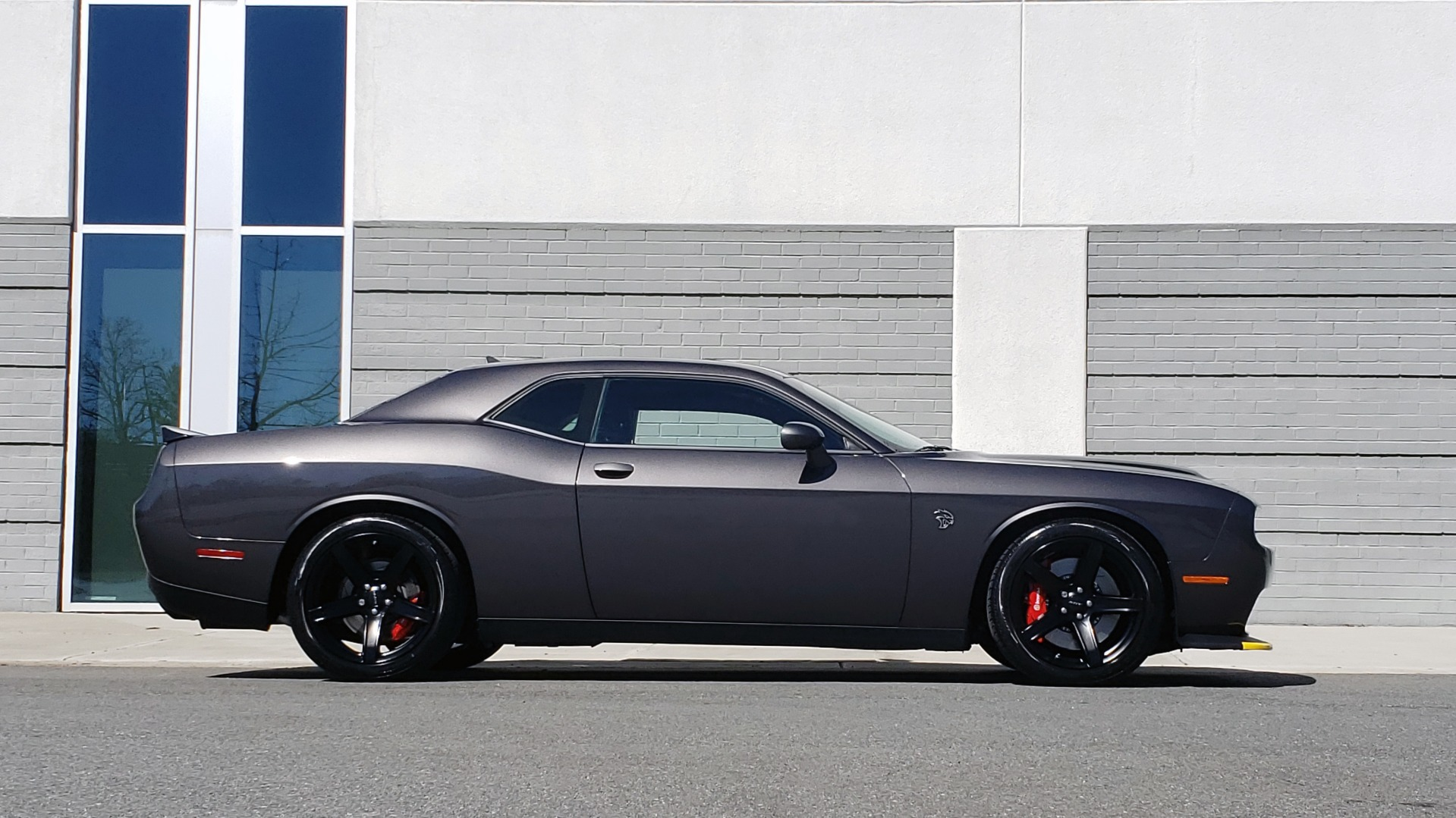 Used 2020 Dodge CHALLENGER SRT HELLCAT (717HP) / NAV / AUTO / CLOTH / REARVIEW / LOW MILES for sale $64,999 at Formula Imports in Charlotte NC 28227 7