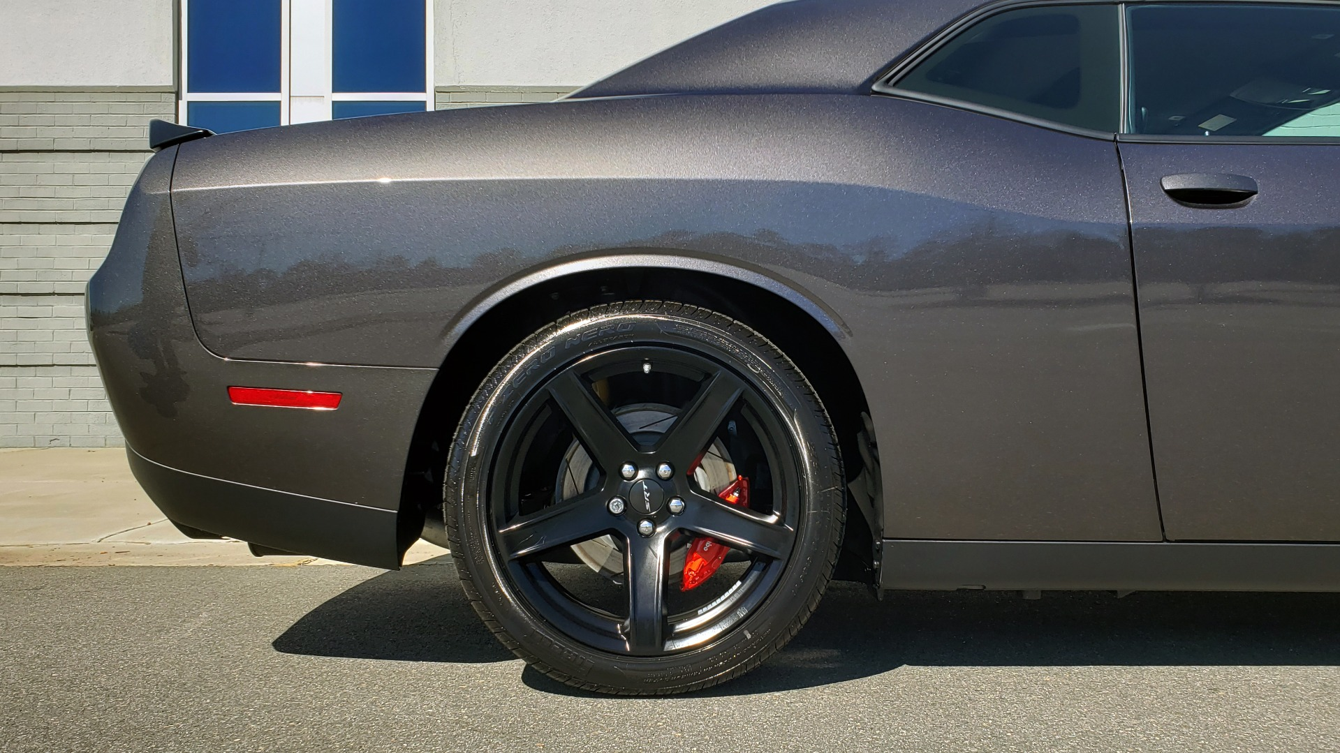 Used 2020 Dodge CHALLENGER SRT HELLCAT (717HP) / NAV / AUTO / CLOTH / REARVIEW / LOW MILES for sale $64,999 at Formula Imports in Charlotte NC 28227 79