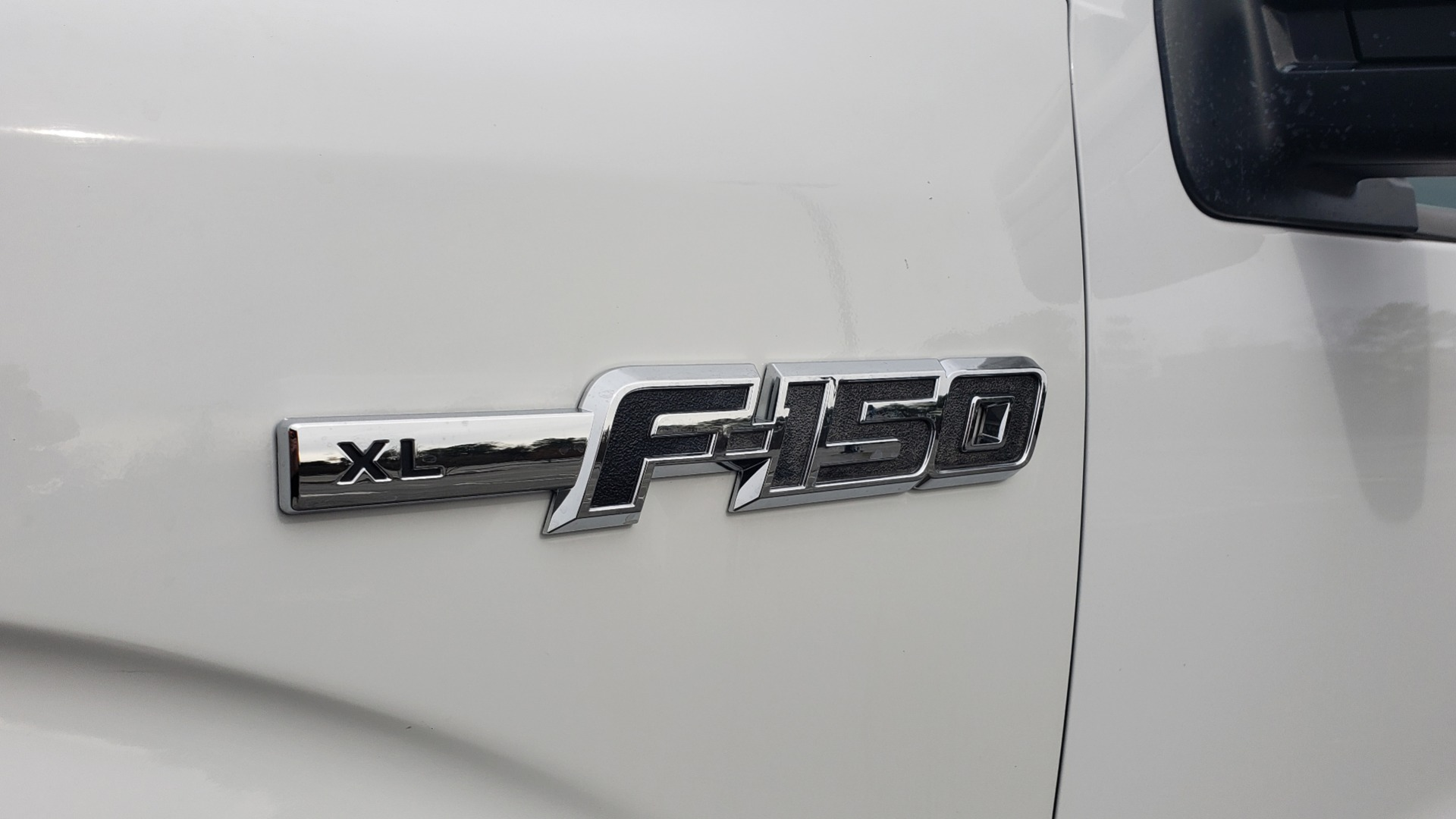 Used 2013 Ford F-150 XL / 2WD / V6 / AUTO / LONG BED / 145IN WB / WORK TRUCK for sale Sold at Formula Imports in Charlotte NC 28227 11
