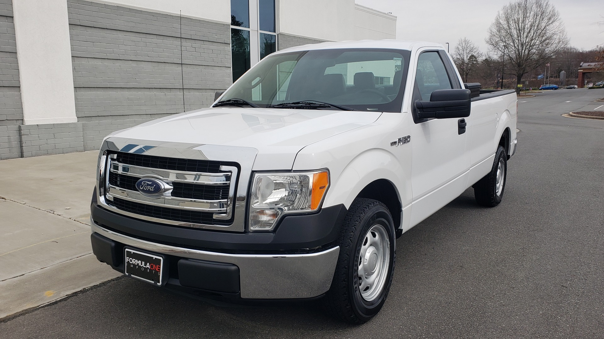 Used 2013 Ford F-150 XL / 2WD / V6 / AUTO / LONG BED / 145IN WB / WORK TRUCK for sale Sold at Formula Imports in Charlotte NC 28227 1