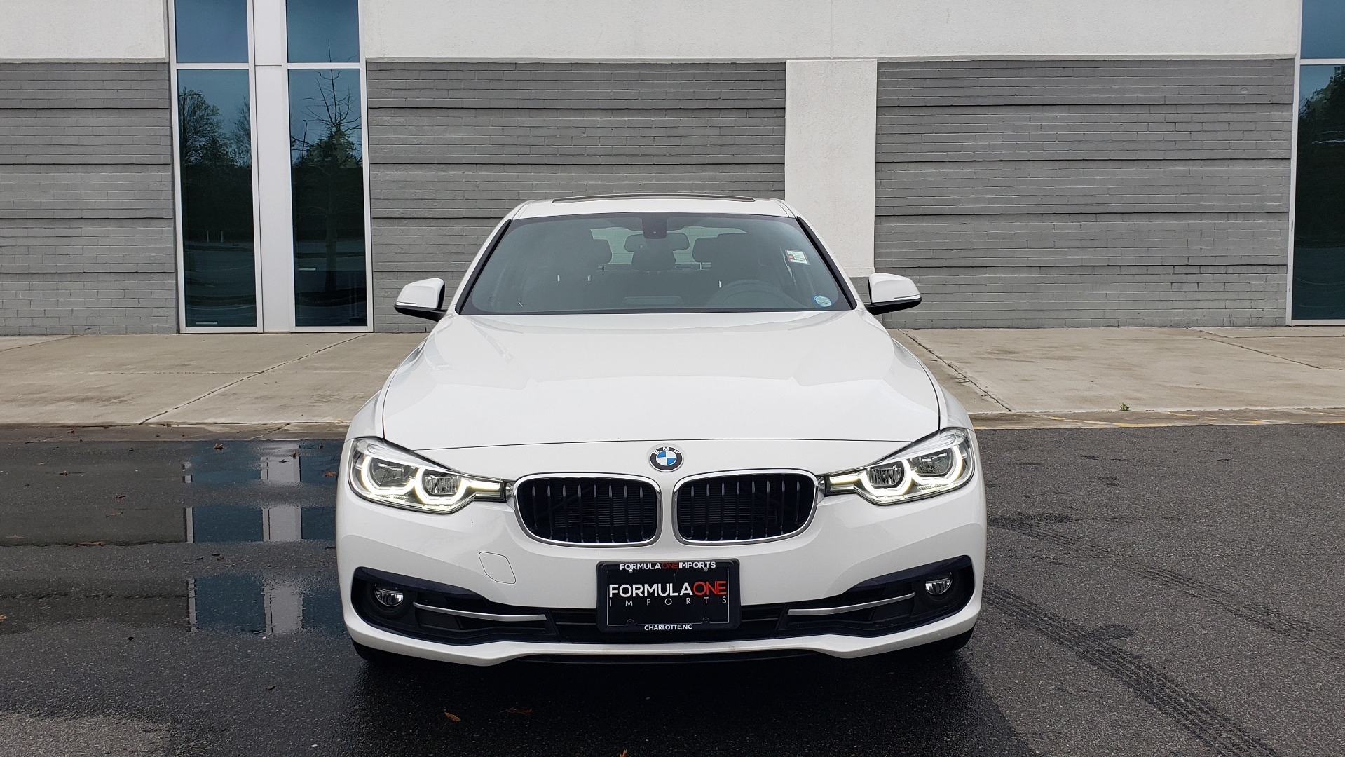 Used 2018 BMW 3 SERIES 330I XDRIVE / CONV PKG / SUNROOF / HTD STS / REARVIEW for sale $24,795 at Formula Imports in Charlotte NC 28227 21