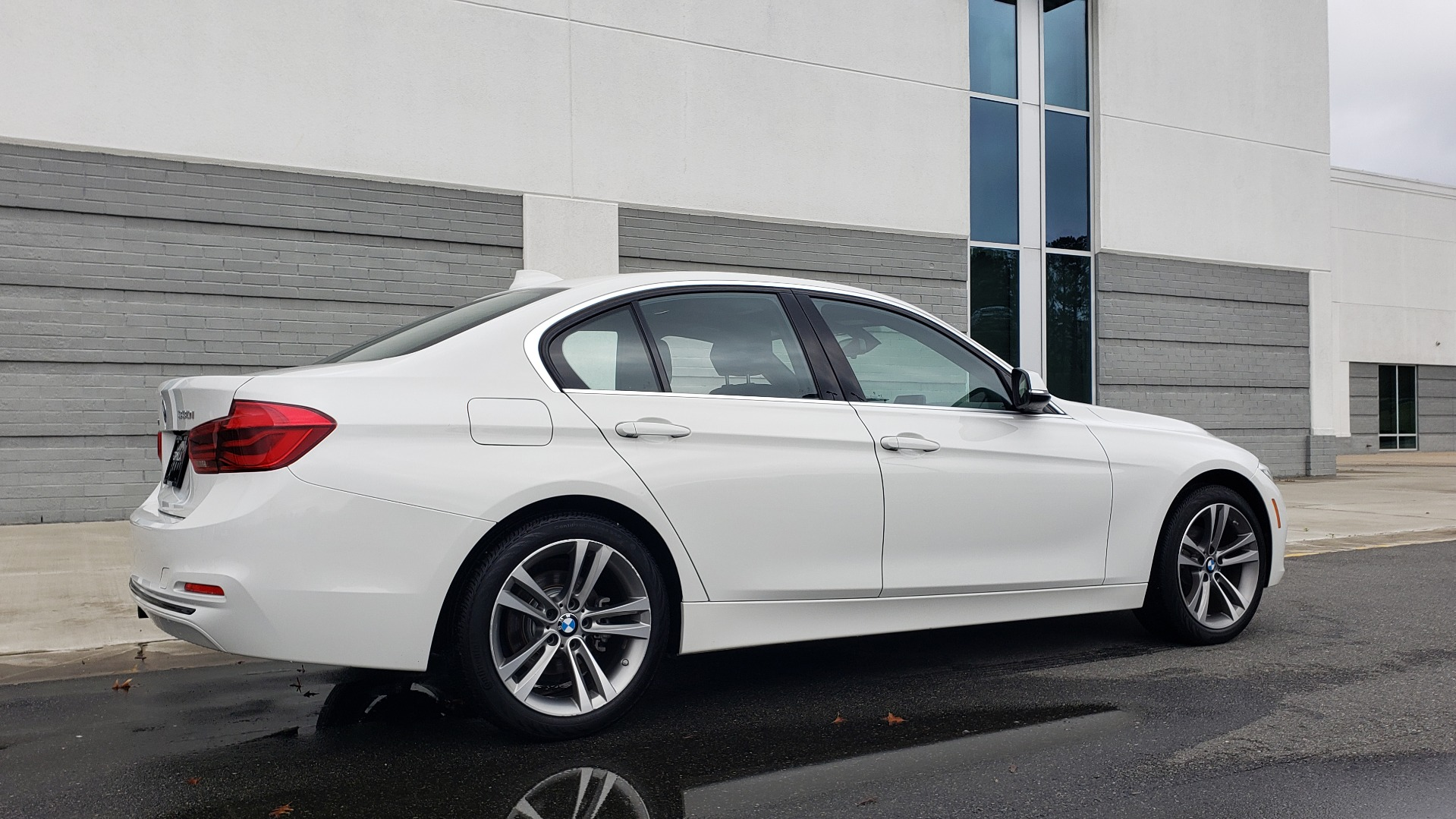 Used 2018 BMW 3 SERIES 330I XDRIVE / CONV PKG / SUNROOF / HTD STS / REARVIEW for sale $24,795 at Formula Imports in Charlotte NC 28227 4