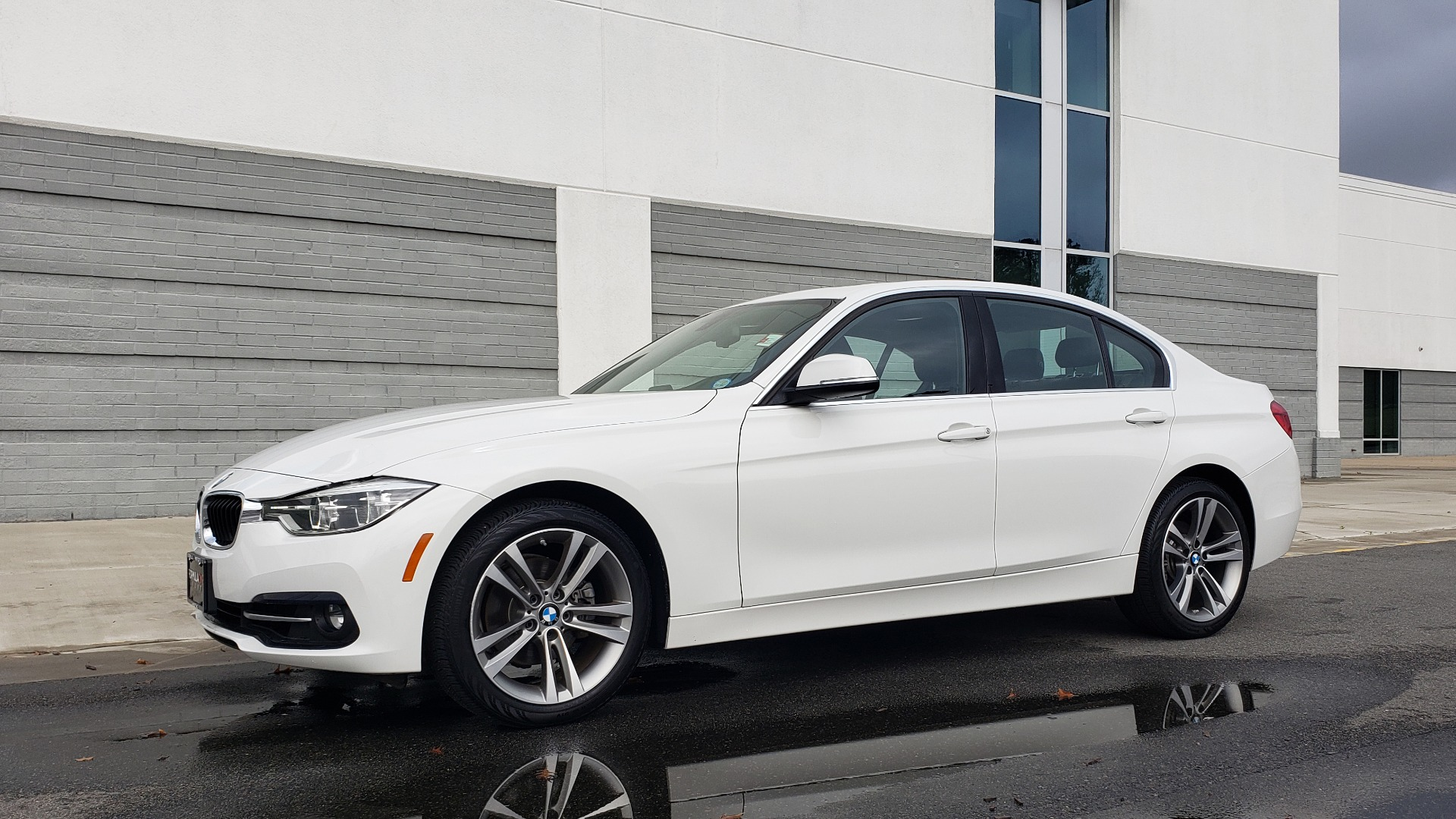 Used 2018 BMW 3 SERIES 330I XDRIVE / CONV PKG / SUNROOF / HTD STS / REARVIEW for sale $24,795 at Formula Imports in Charlotte NC 28227 7