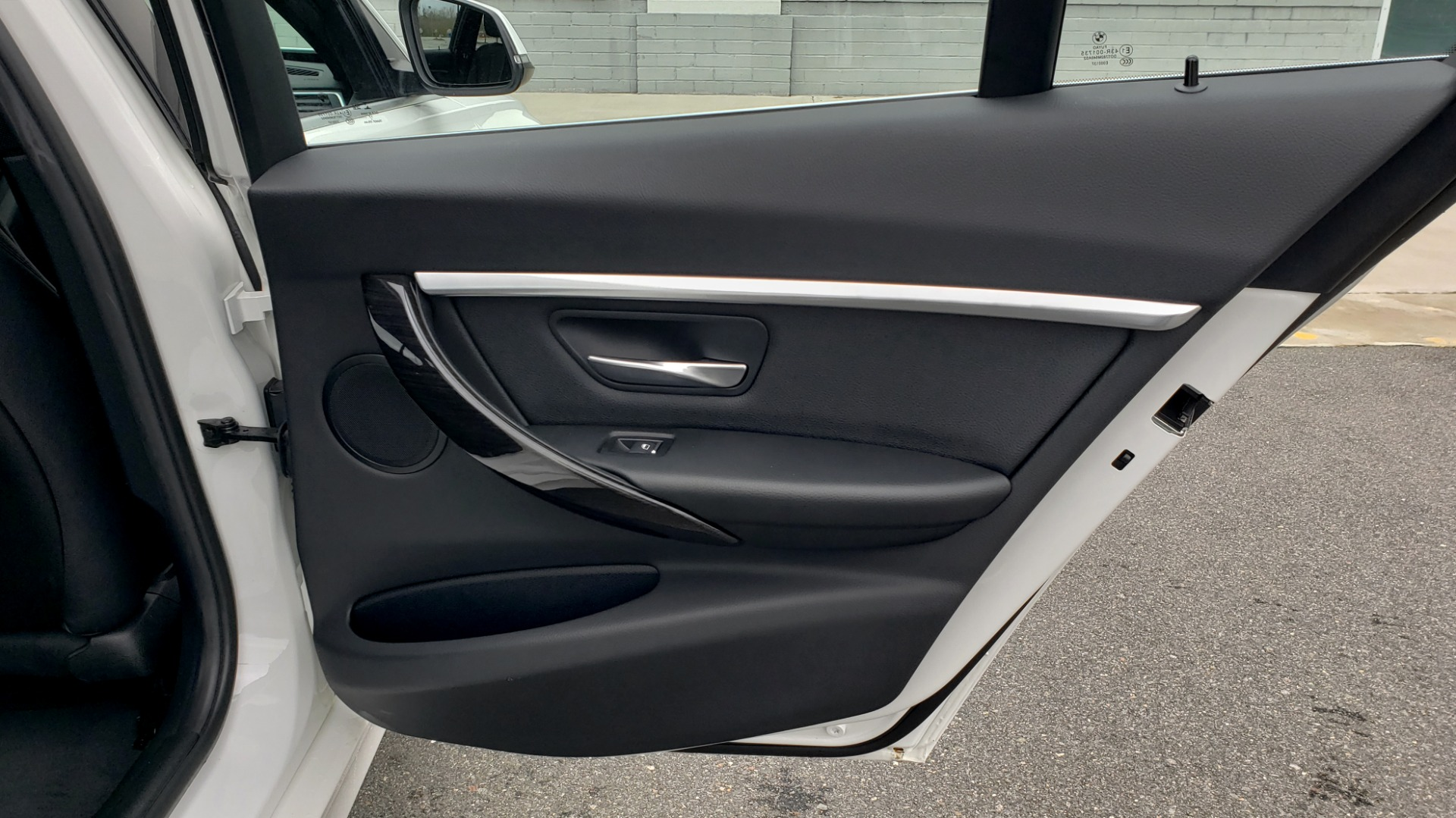 Used 2018 BMW 3 SERIES 330I XDRIVE / CONV PKG / SUNROOF / HTD STS / REARVIEW for sale $24,795 at Formula Imports in Charlotte NC 28227 71