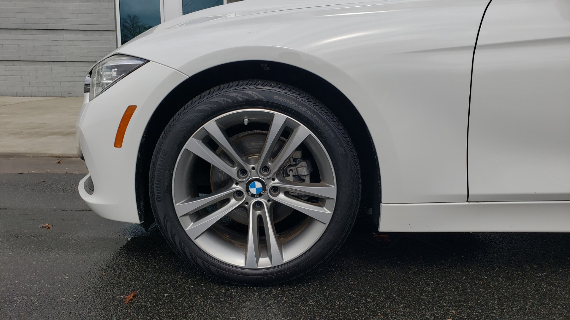 Used 2018 BMW 3 SERIES 330I XDRIVE / CONV PKG / SUNROOF / HTD STS / REARVIEW for sale $24,795 at Formula Imports in Charlotte NC 28227 80