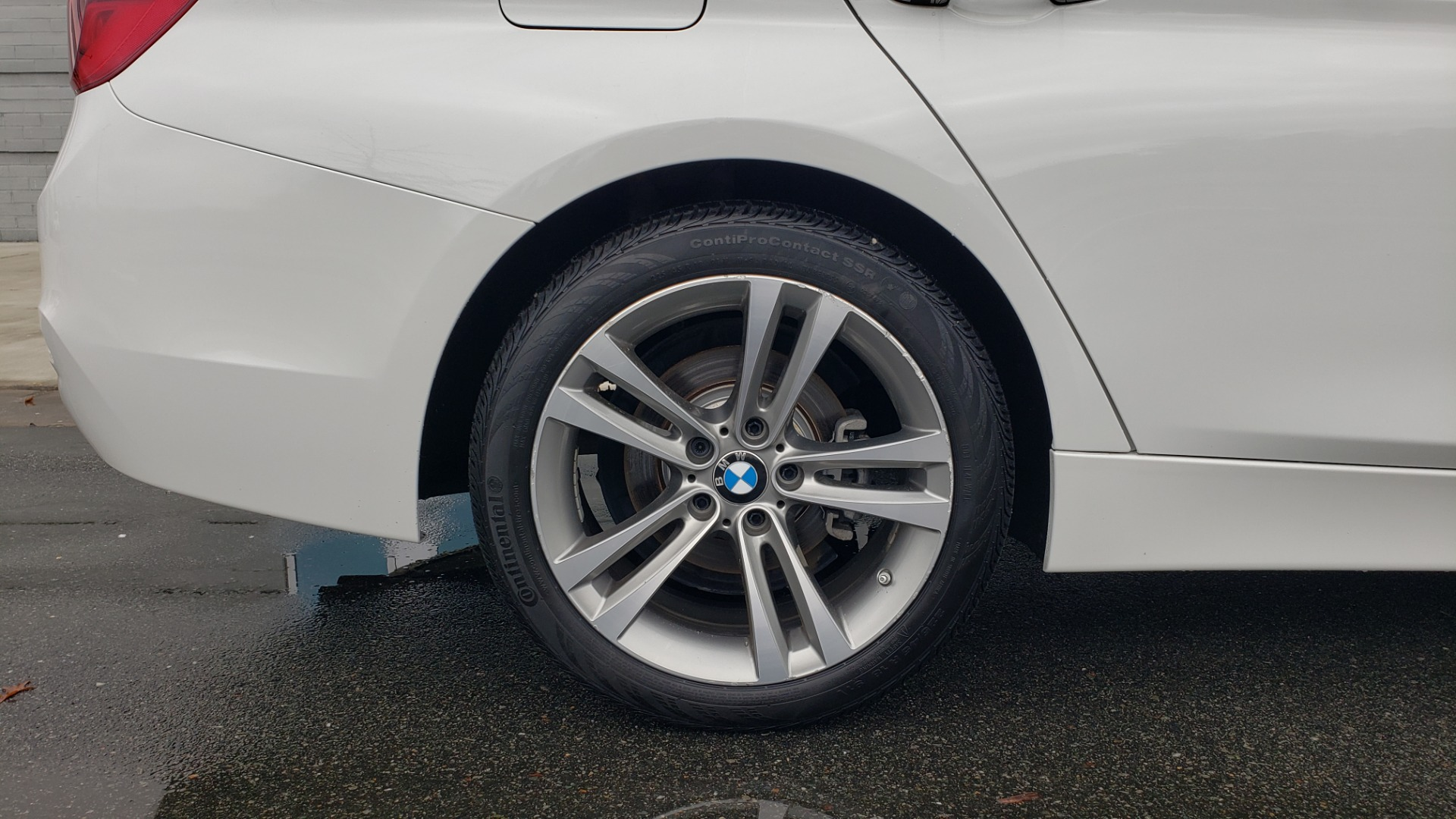 Used 2018 BMW 3 SERIES 330I XDRIVE / CONV PKG / SUNROOF / HTD STS / REARVIEW for sale $24,795 at Formula Imports in Charlotte NC 28227 82