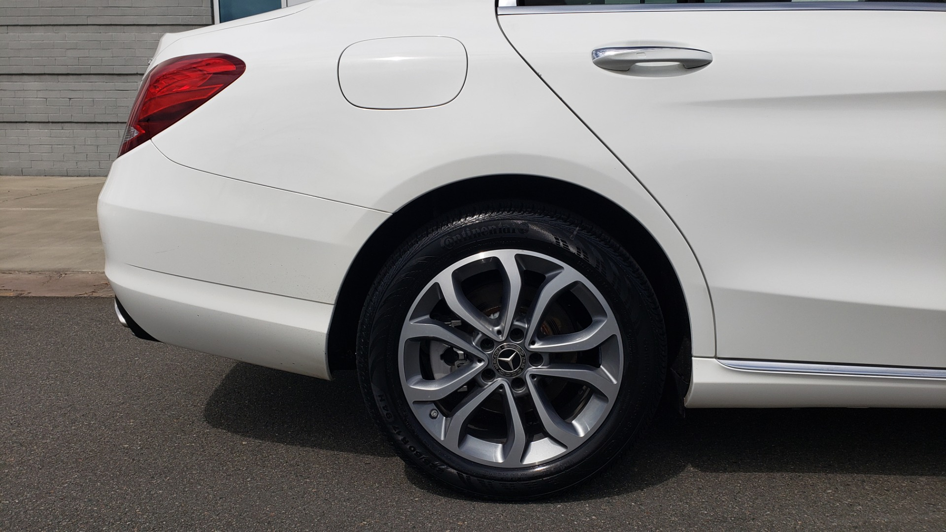 Used 2018 Mercedes-Benz C-CLASS C 300 4MATIC PREMIUM / HTD STS / PANO-ROOF / REARVIEW for sale Sold at Formula Imports in Charlotte NC 28227 77