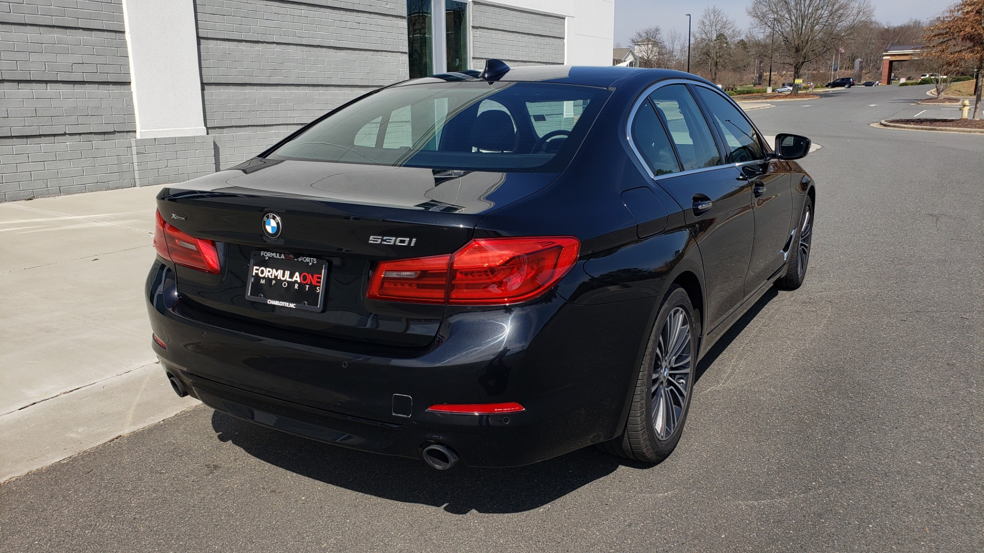 Used 2018 BMW 5 SERIES 530I XDRIVE PREMIUM / NAV / SUNROOF / DRVR ASST / REARVIEW for sale Sold at Formula Imports in Charlotte NC 28227 8