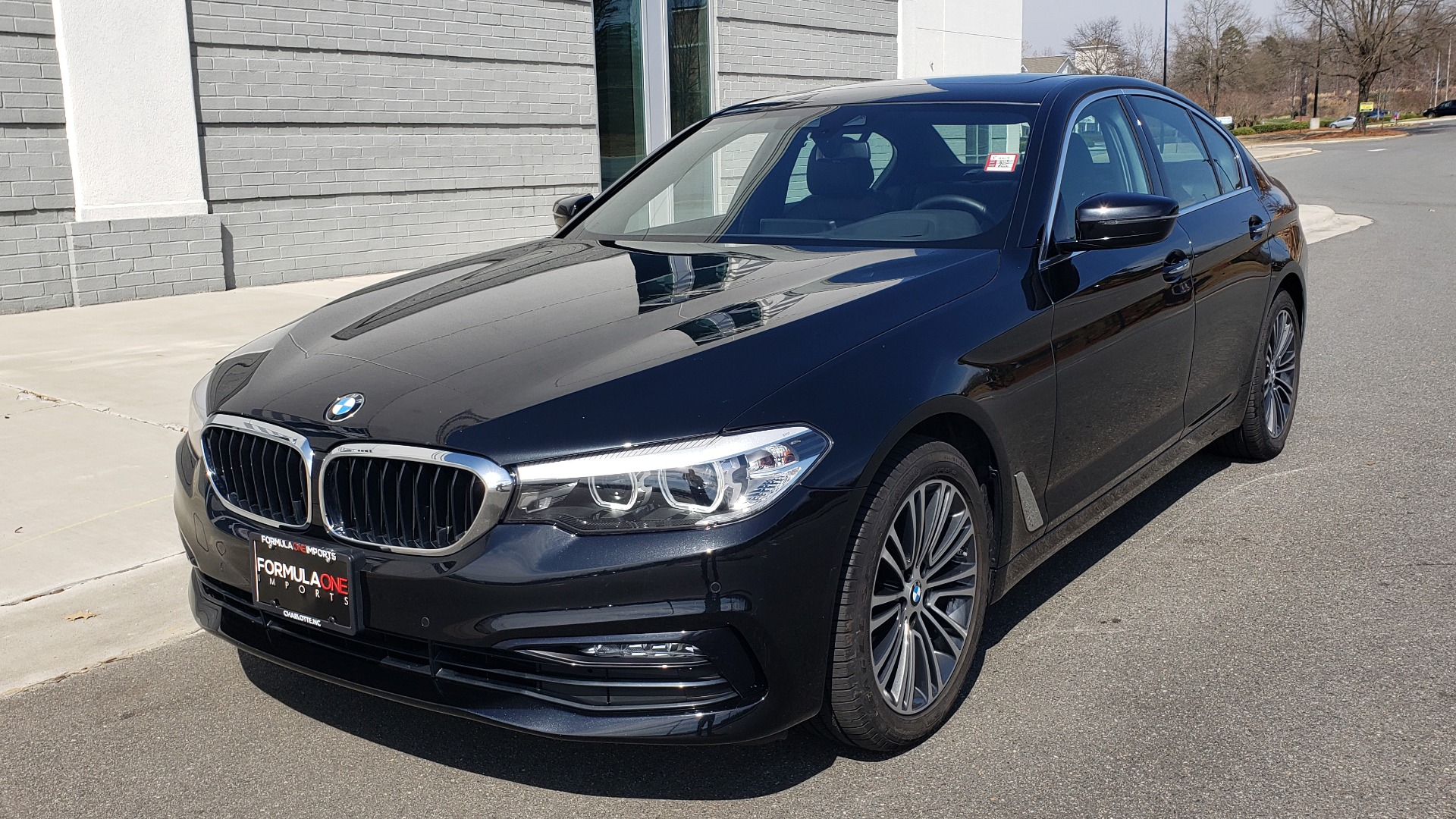 Used 2018 BMW 5 SERIES 530I XDRIVE PREMIUM / NAV / SUNROOF / DRVR ASST / REARVIEW for sale Sold at Formula Imports in Charlotte NC 28227 1
