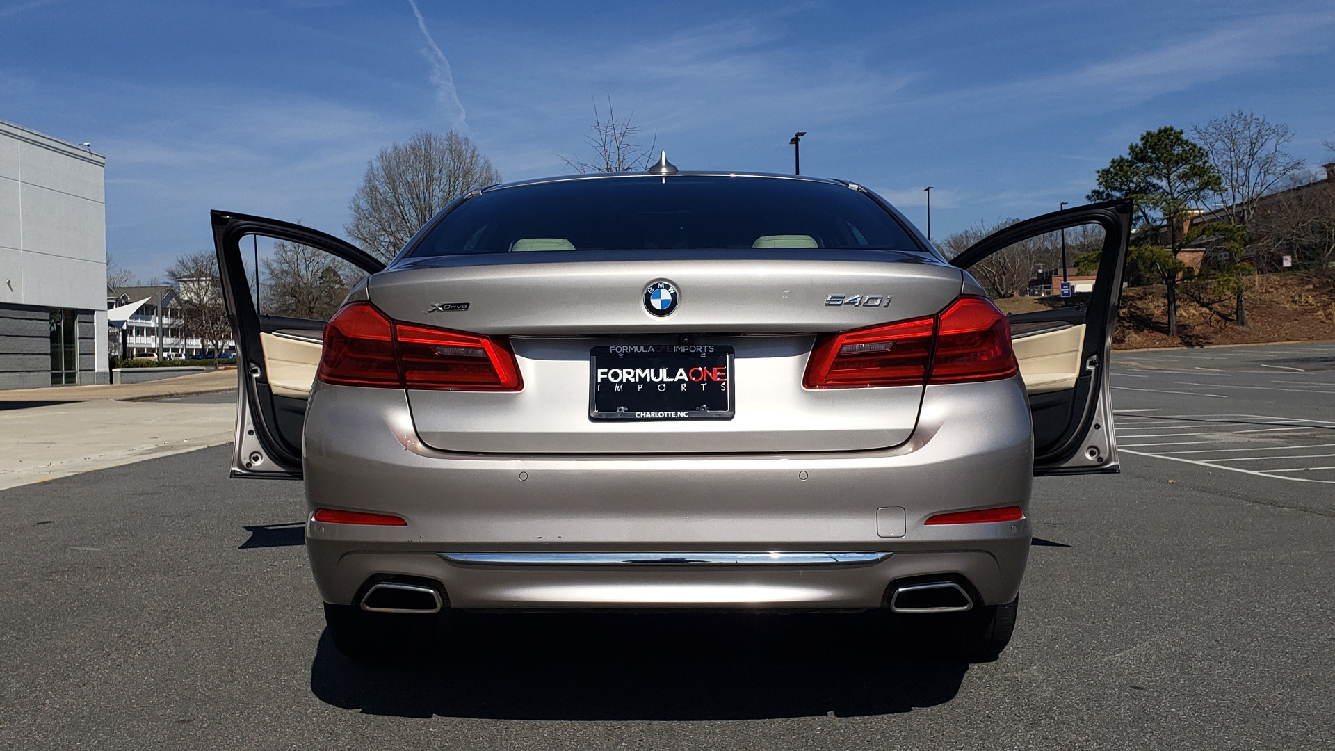 Used 2018 BMW 5 SERIES 540IXDRIVE PREMIUM / DRVR ASST PLUS / LUX PKG / APPLE CARPLAY for sale Sold at Formula Imports in Charlotte NC 28227 24
