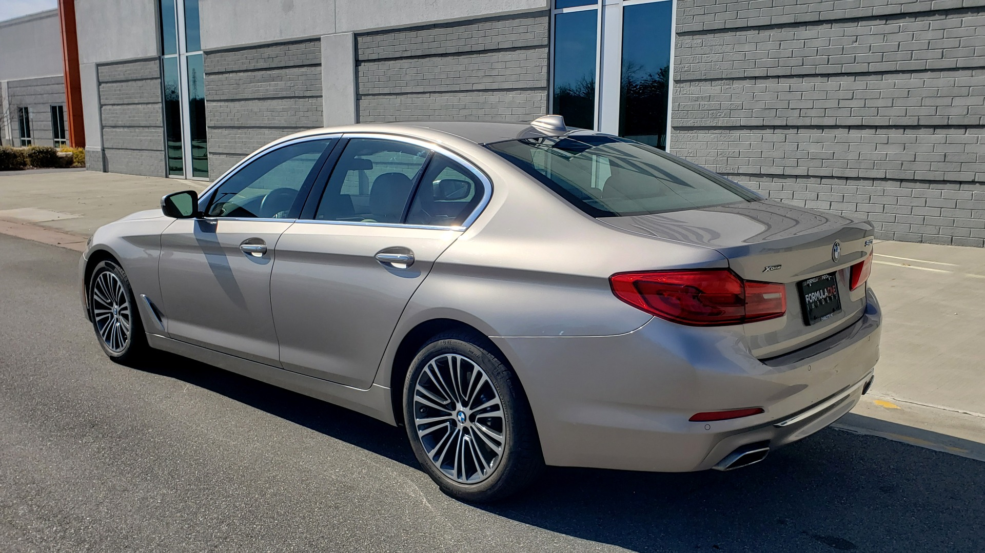 Used 2018 BMW 5 SERIES 540IXDRIVE PREMIUM / DRVR ASST PLUS / LUX PKG / APPLE CARPLAY for sale Sold at Formula Imports in Charlotte NC 28227 3