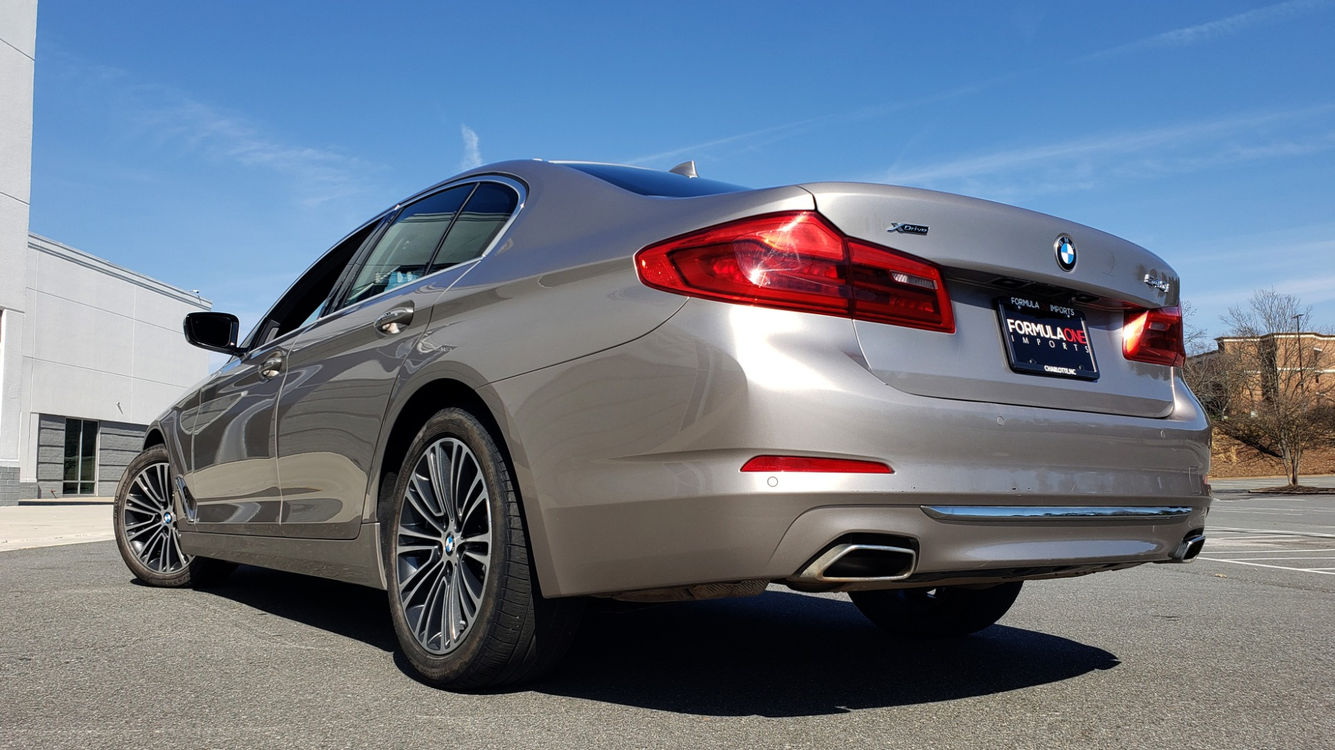 Used 2018 BMW 5 SERIES 540IXDRIVE PREMIUM / DRVR ASST PLUS / LUX PKG / APPLE CARPLAY for sale Sold at Formula Imports in Charlotte NC 28227 4