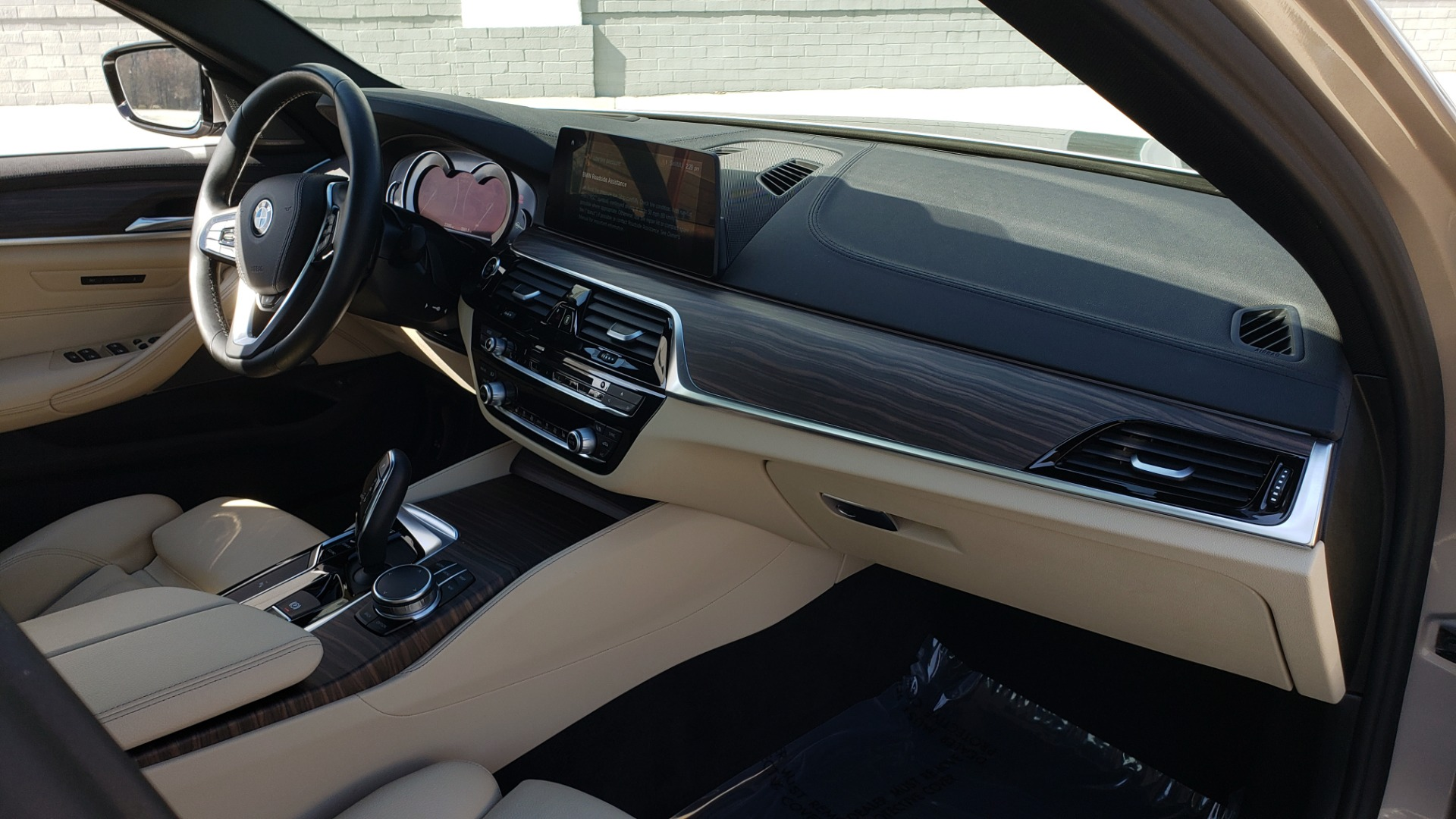 Used 2018 BMW 5 SERIES 540IXDRIVE PREMIUM / DRVR ASST PLUS / LUX PKG / APPLE CARPLAY for sale Sold at Formula Imports in Charlotte NC 28227 61