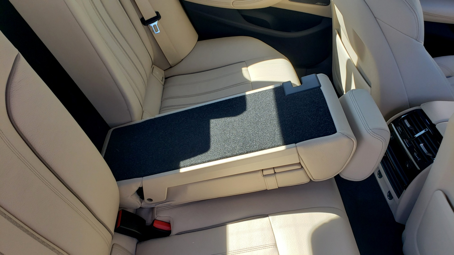 Used 2018 BMW 5 SERIES 540IXDRIVE PREMIUM / DRVR ASST PLUS / LUX PKG / APPLE CARPLAY for sale Sold at Formula Imports in Charlotte NC 28227 66