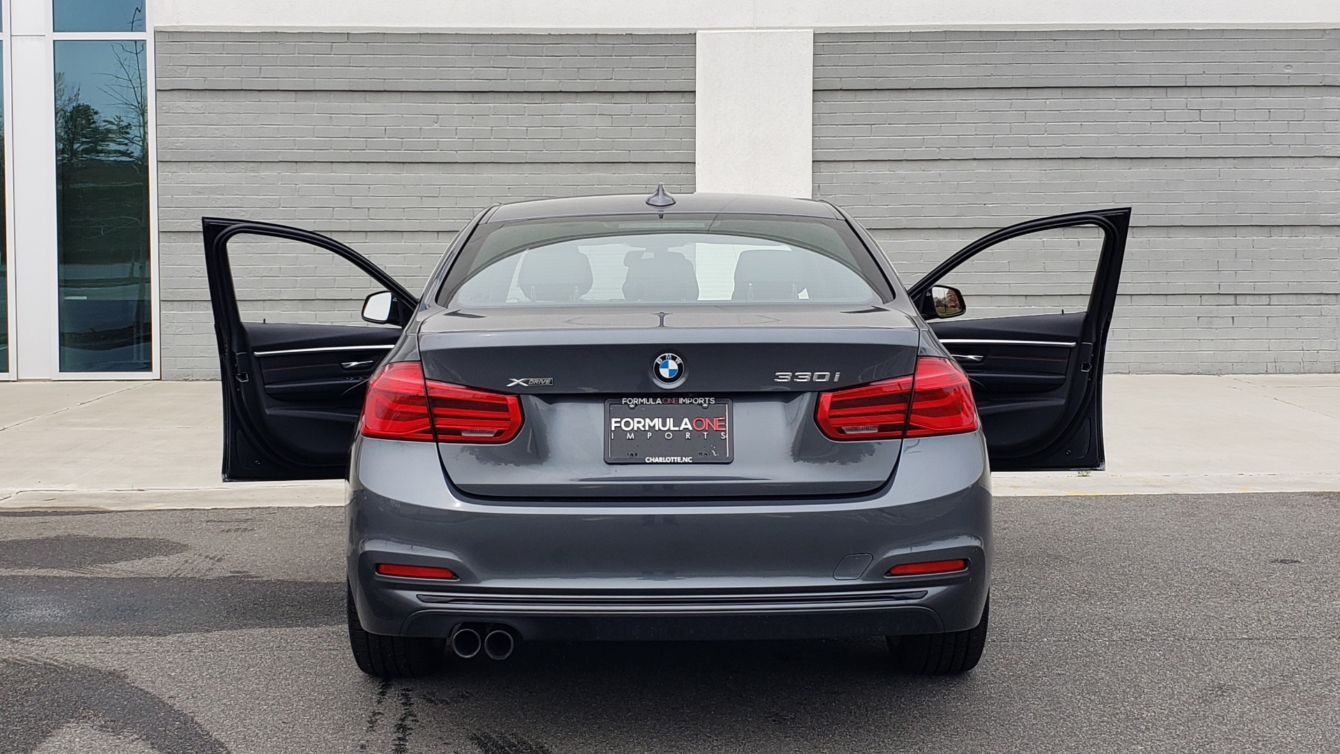 Used 2018 BMW 3 SERIES 330I XDRIVE PREMIUM / CONV PKG NAV / BLIND SPOT / HTD STS / REARVIEW for sale $22,695 at Formula Imports in Charlotte NC 28227 27