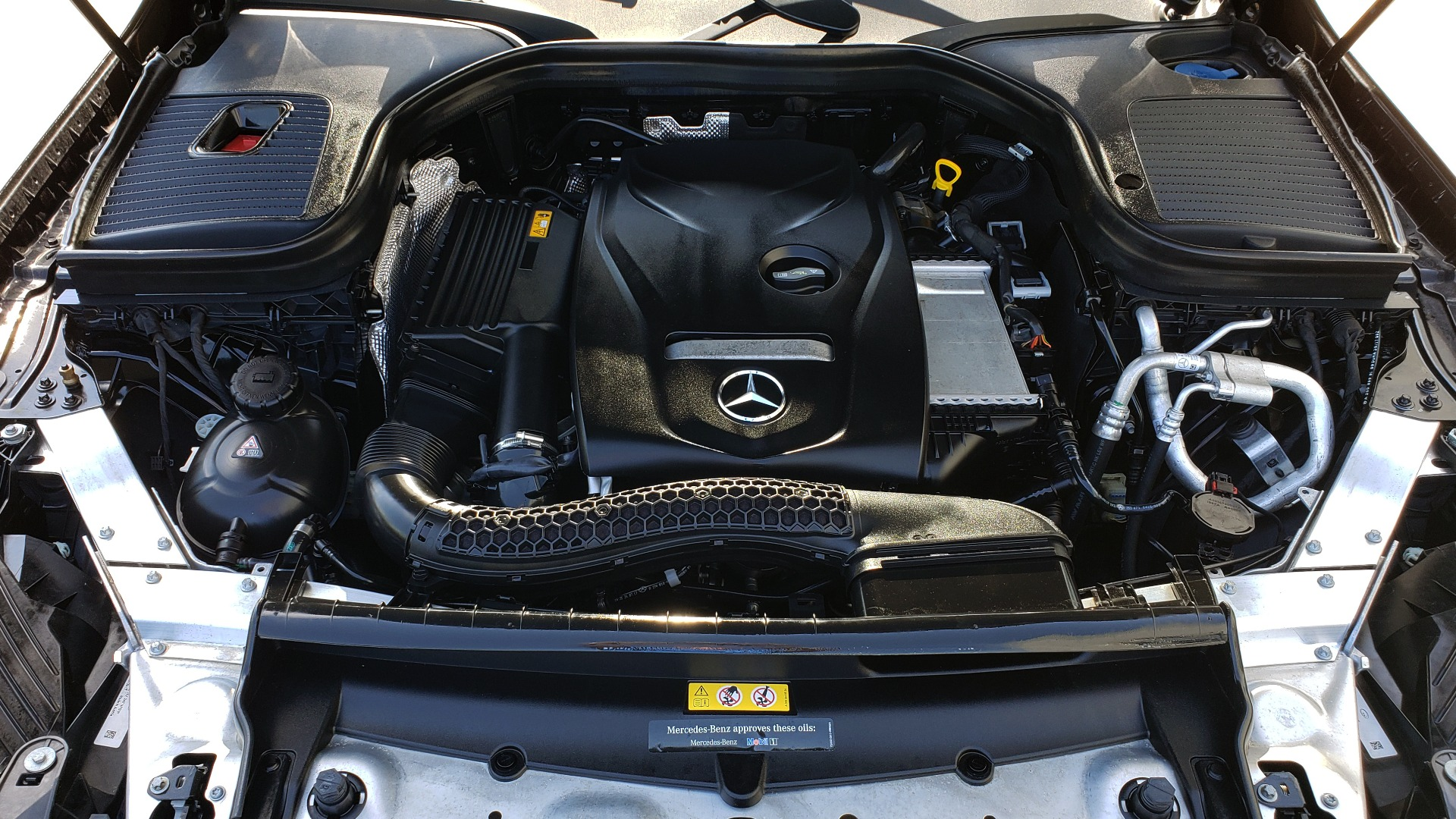 Used 2018 Mercedes-Benz GLC 300 PREMIUM / PANO-ROOF / HTD STS / REARVIEW for sale Sold at Formula Imports in Charlotte NC 28227 10