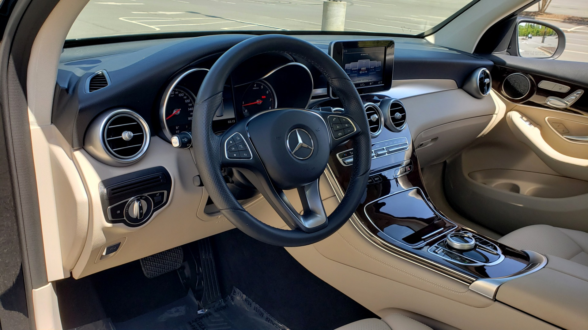 Used 2018 Mercedes-Benz GLC 300 PREMIUM / PANO-ROOF / HTD STS / REARVIEW for sale Sold at Formula Imports in Charlotte NC 28227 32