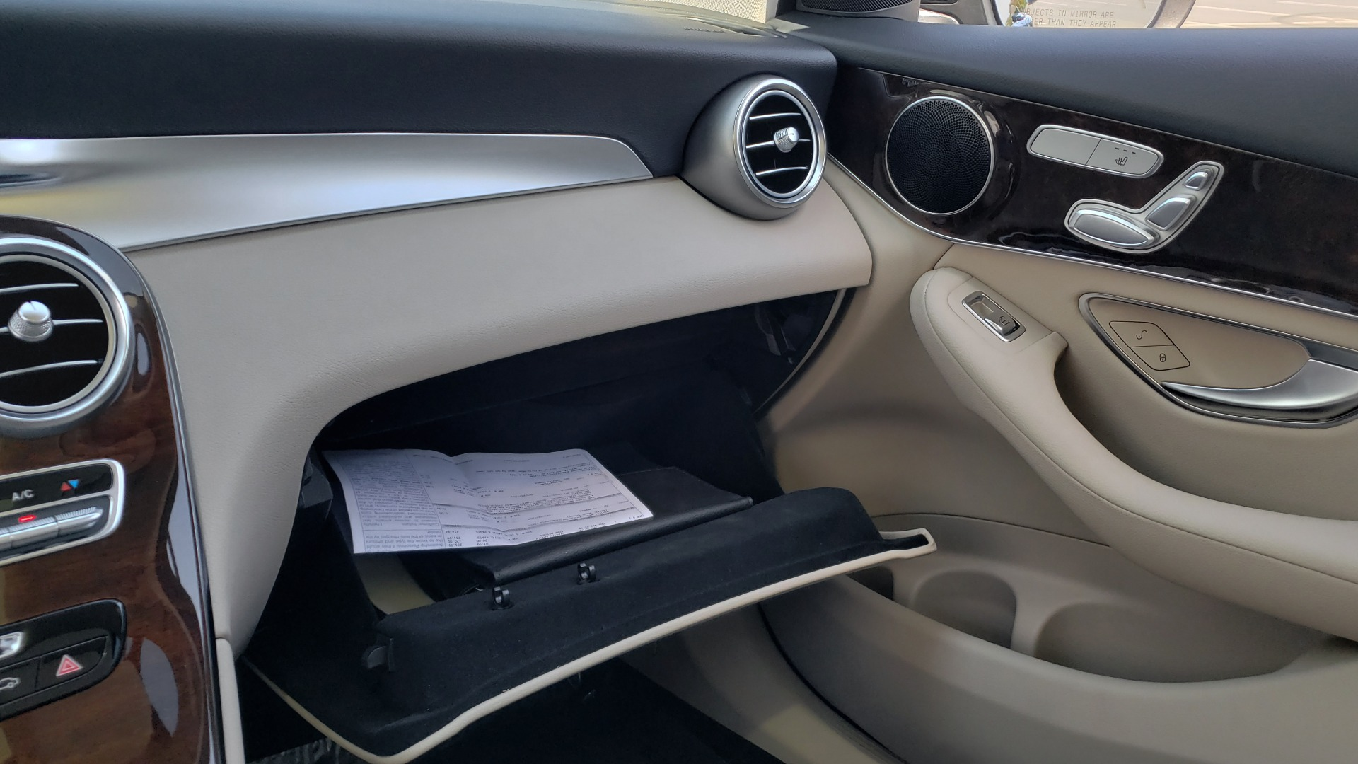 Used 2018 Mercedes-Benz GLC 300 PREMIUM / PANO-ROOF / HTD STS / REARVIEW for sale Sold at Formula Imports in Charlotte NC 28227 45