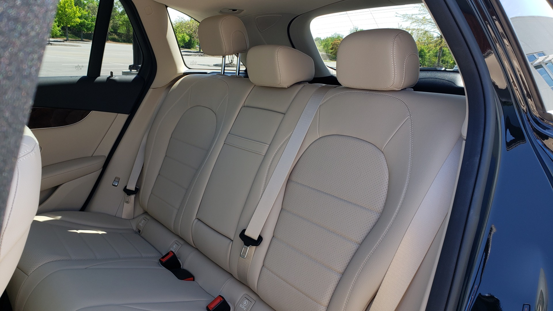 Used 2018 Mercedes-Benz GLC 300 PREMIUM / PANO-ROOF / HTD STS / REARVIEW for sale Sold at Formula Imports in Charlotte NC 28227 55
