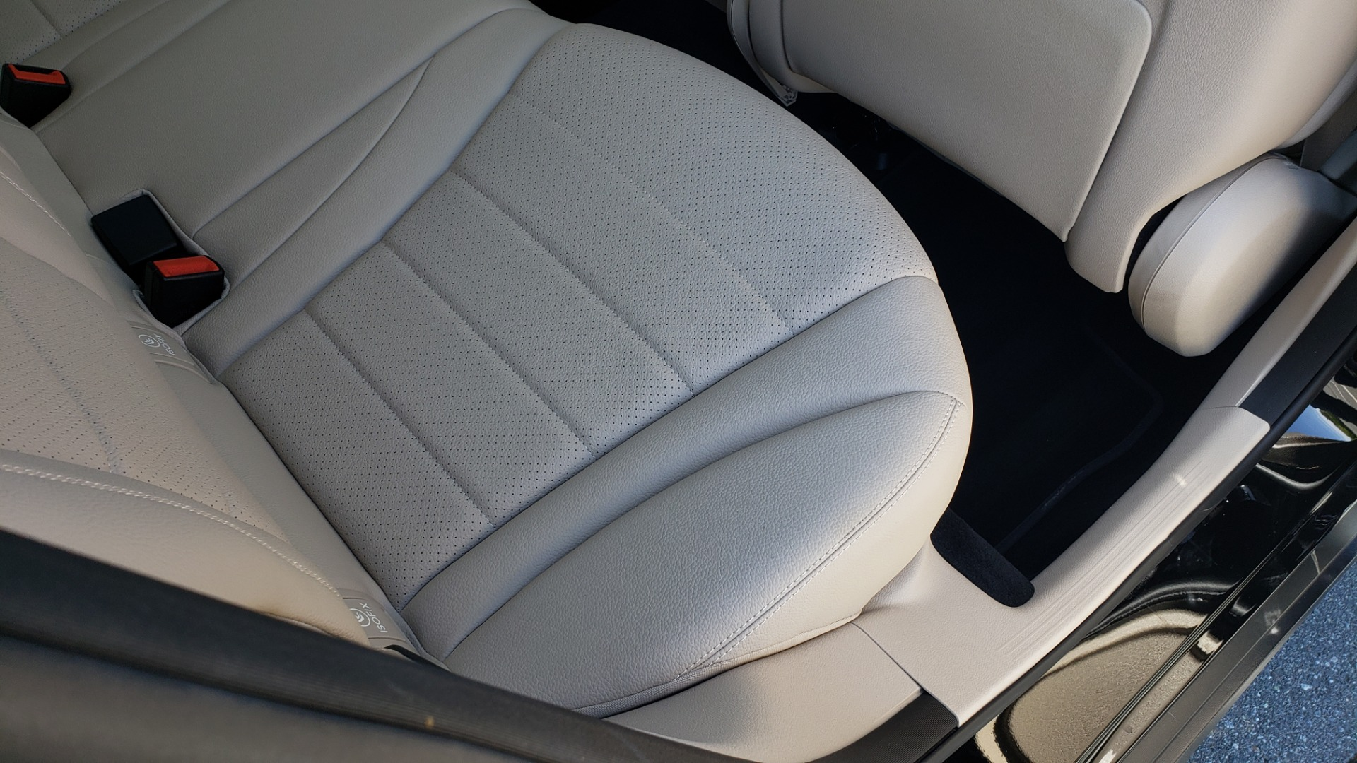 Used 2018 Mercedes-Benz GLC 300 PREMIUM / PANO-ROOF / HTD STS / REARVIEW for sale Sold at Formula Imports in Charlotte NC 28227 63