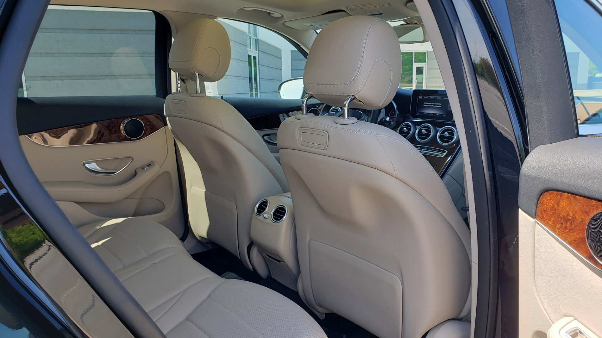 Used 2018 Mercedes-Benz GLC 300 PREMIUM / PANO-ROOF / HTD STS / REARVIEW for sale Sold at Formula Imports in Charlotte NC 28227 66