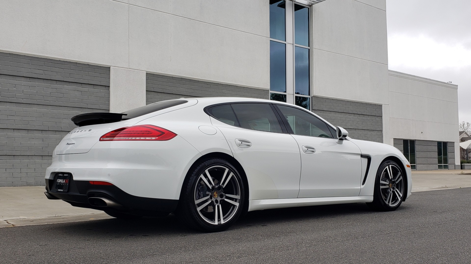 Used 2016 Porsche PANAMERA EDITION / 3.6L V6 / PDK TANS / PREMIUM PKG / LDW / PARK ASSIST for sale Sold at Formula Imports in Charlotte NC 28227 3
