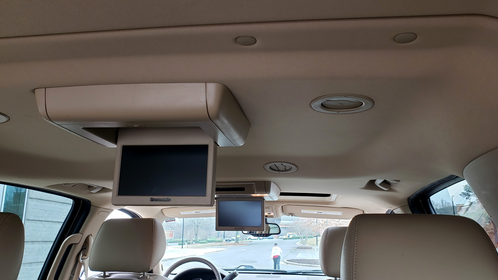 Used 2014 Chevrolet SUBURBAN LTZ / 4WD / ENTERTAINMENT / NAV / SUNROOF / TRAILER PKG for sale Sold at Formula Imports in Charlotte NC 28227 19