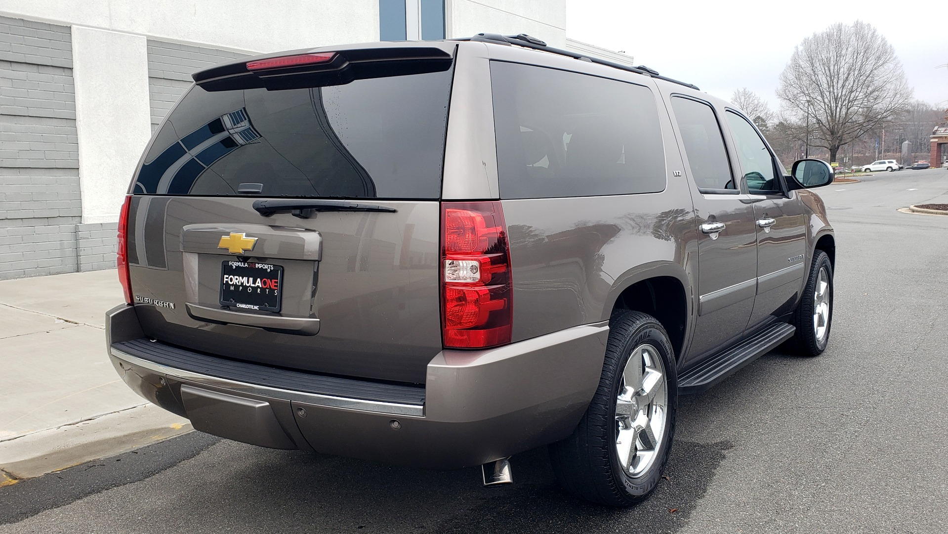 Used 2014 Chevrolet SUBURBAN LTZ / 4WD / ENTERTAINMENT / NAV / SUNROOF / TRAILER PKG for sale Sold at Formula Imports in Charlotte NC 28227 2