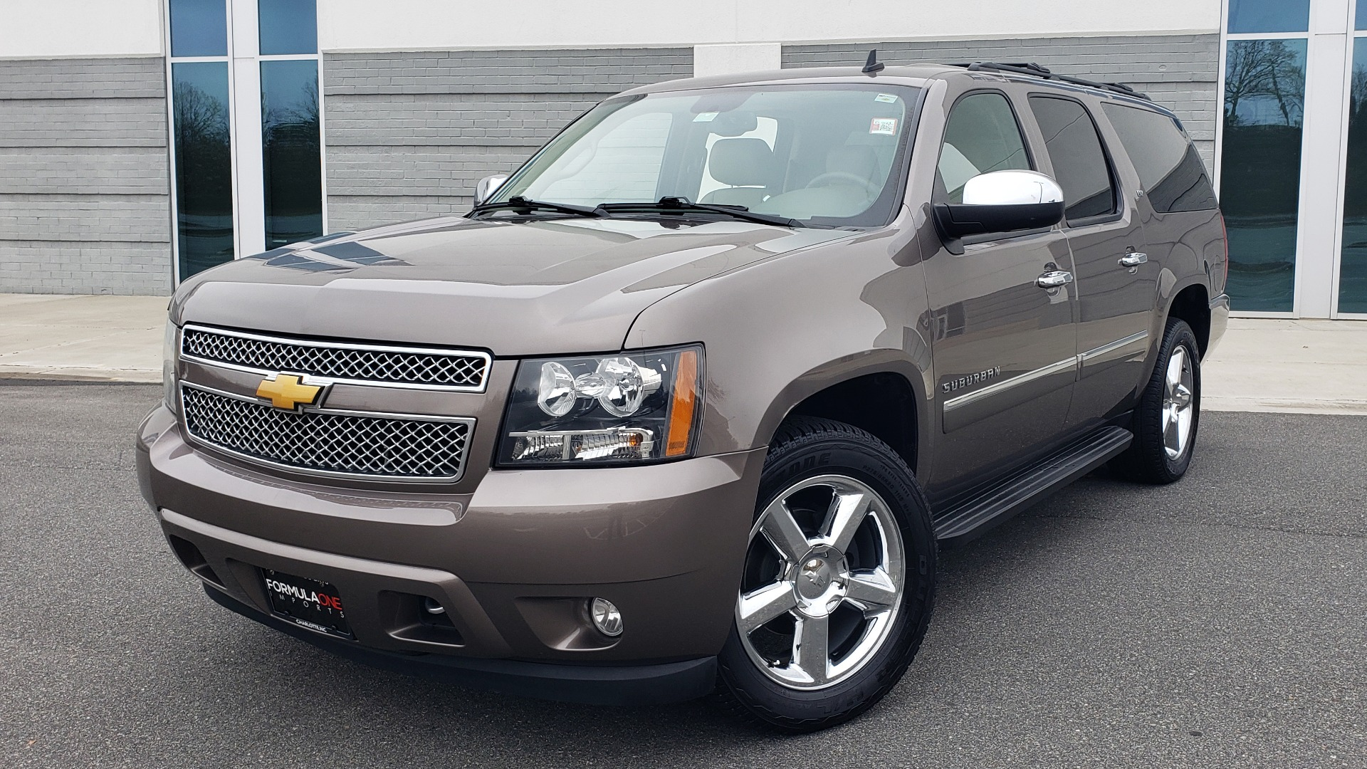 Used 2014 Chevrolet SUBURBAN LTZ / 4WD / ENTERTAINMENT / NAV / SUNROOF / TRAILER PKG for sale Sold at Formula Imports in Charlotte NC 28227 1