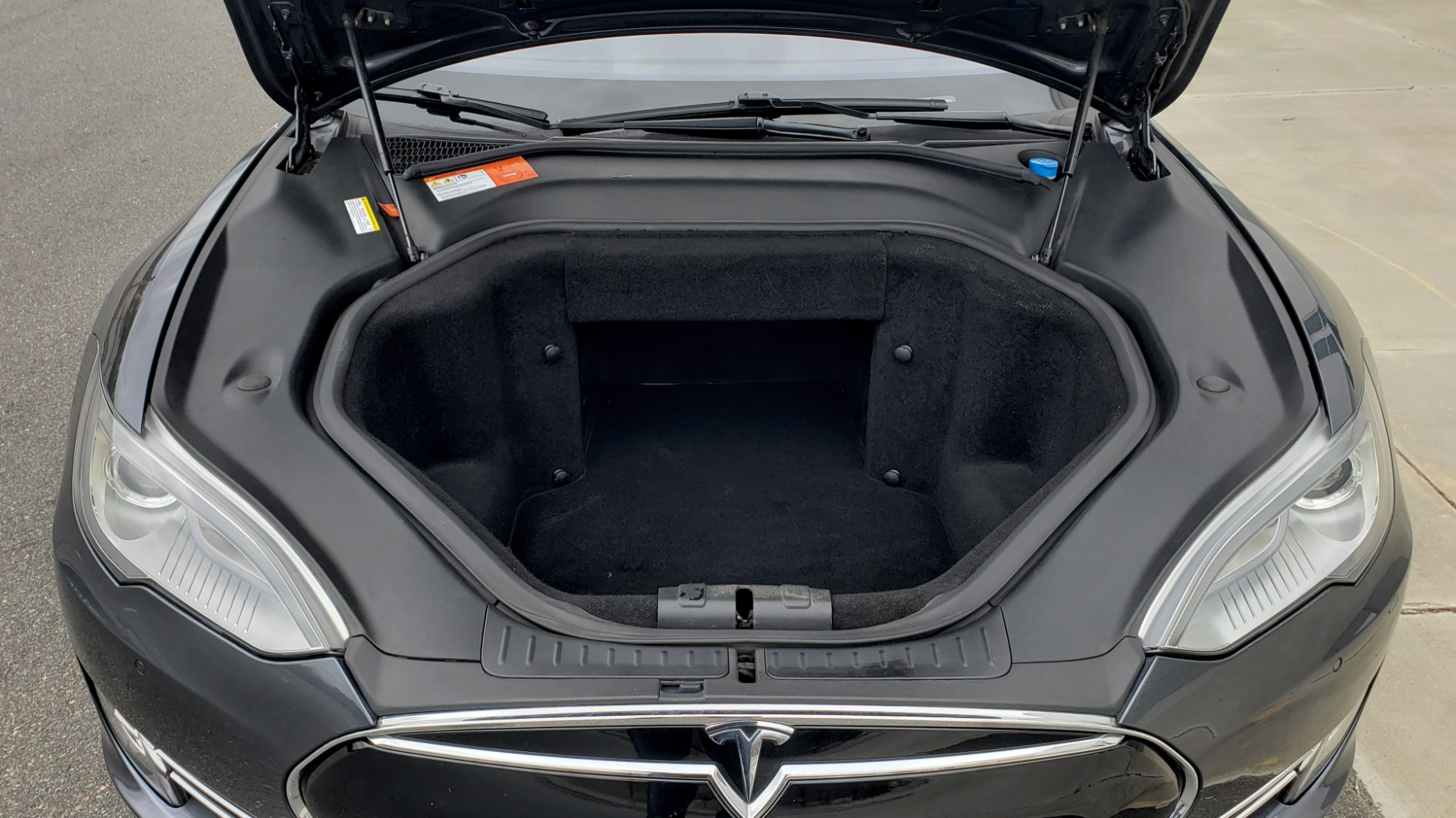 Used 2014 Tesla MODEL S 60 kWh BATTERY / TECH / NAV / SUBZERO / SUNROOF / REARVIEW for sale Sold at Formula Imports in Charlotte NC 28227 11