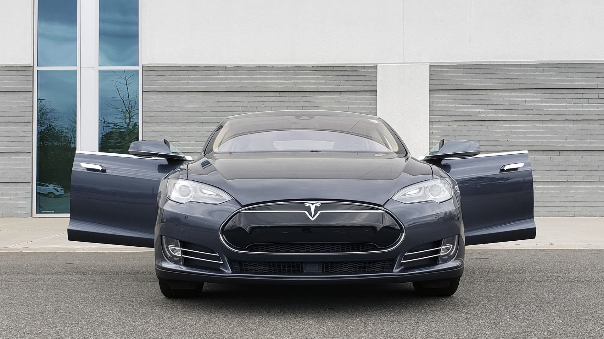 Used 2014 Tesla MODEL S 60 kWh BATTERY / TECH / NAV / SUBZERO / SUNROOF / REARVIEW for sale Sold at Formula Imports in Charlotte NC 28227 18
