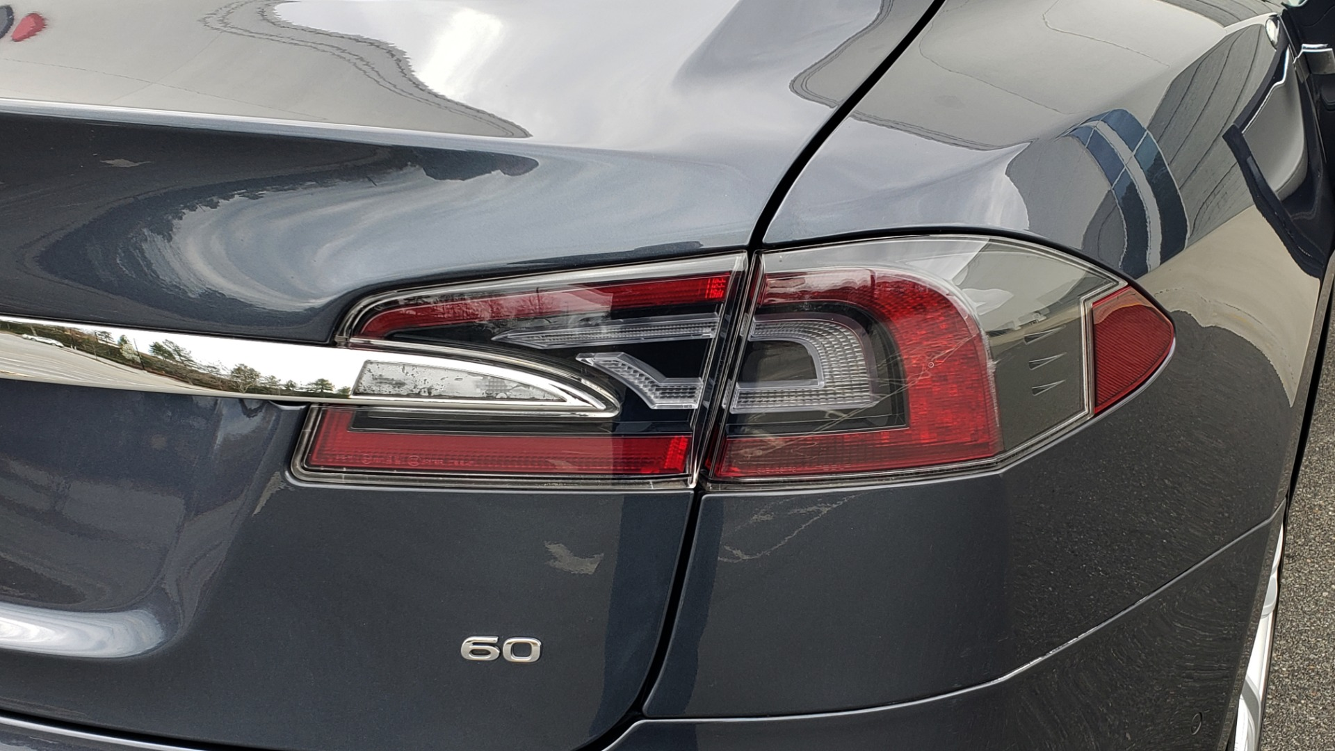 Used 2014 Tesla MODEL S 60 kWh BATTERY / TECH / NAV / SUBZERO / SUNROOF / REARVIEW for sale Sold at Formula Imports in Charlotte NC 28227 26